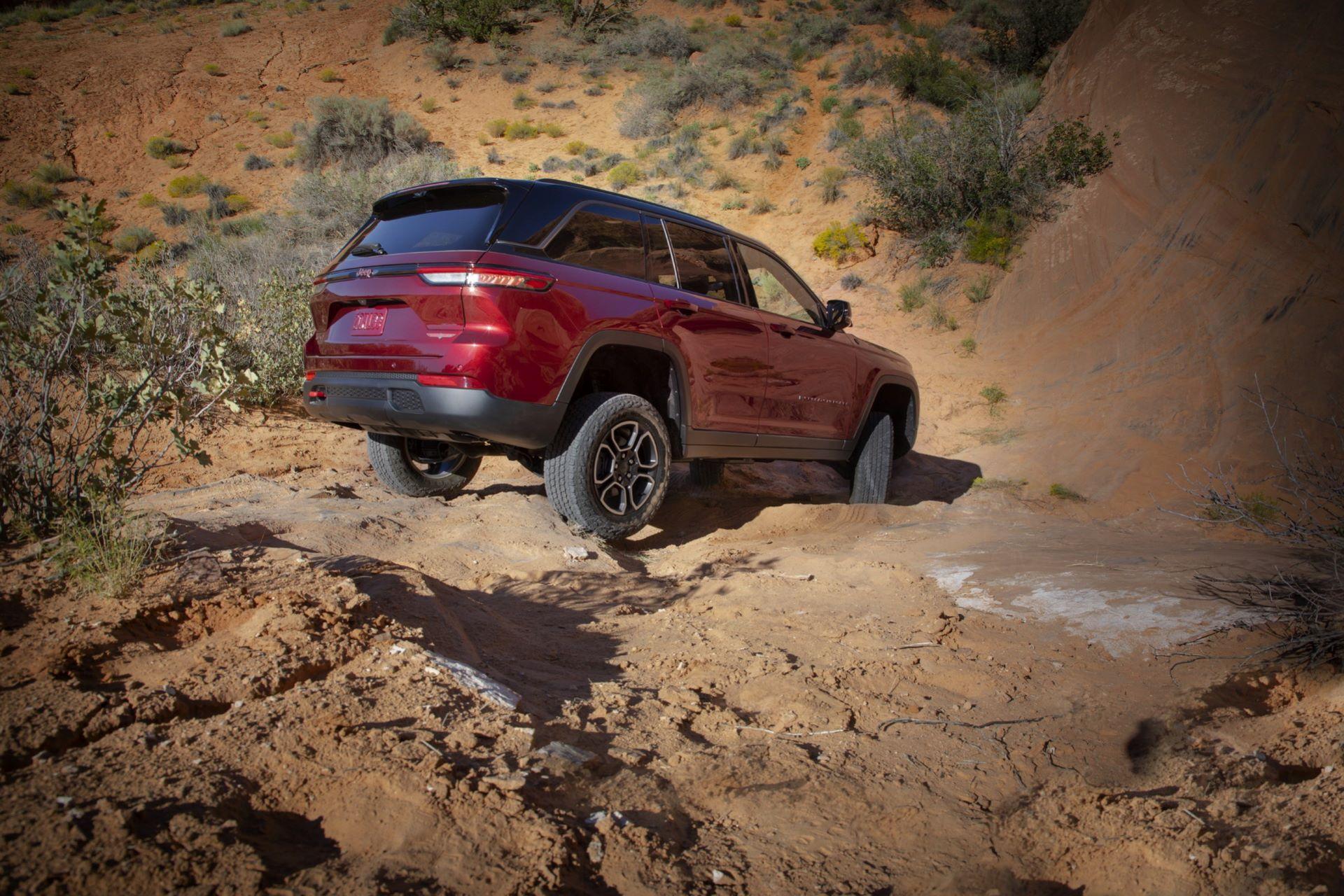 Jeep-Grand-Cherokee-2022-83
