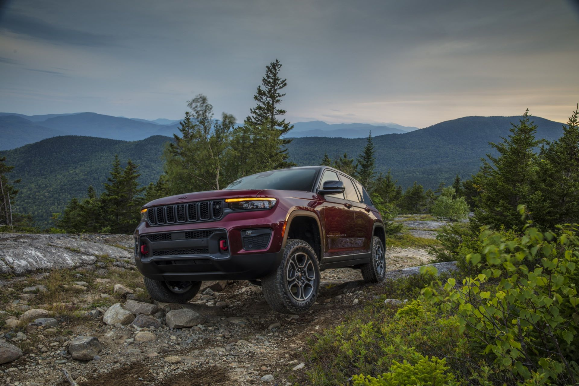 Jeep-Grand-Cherokee-2022-87