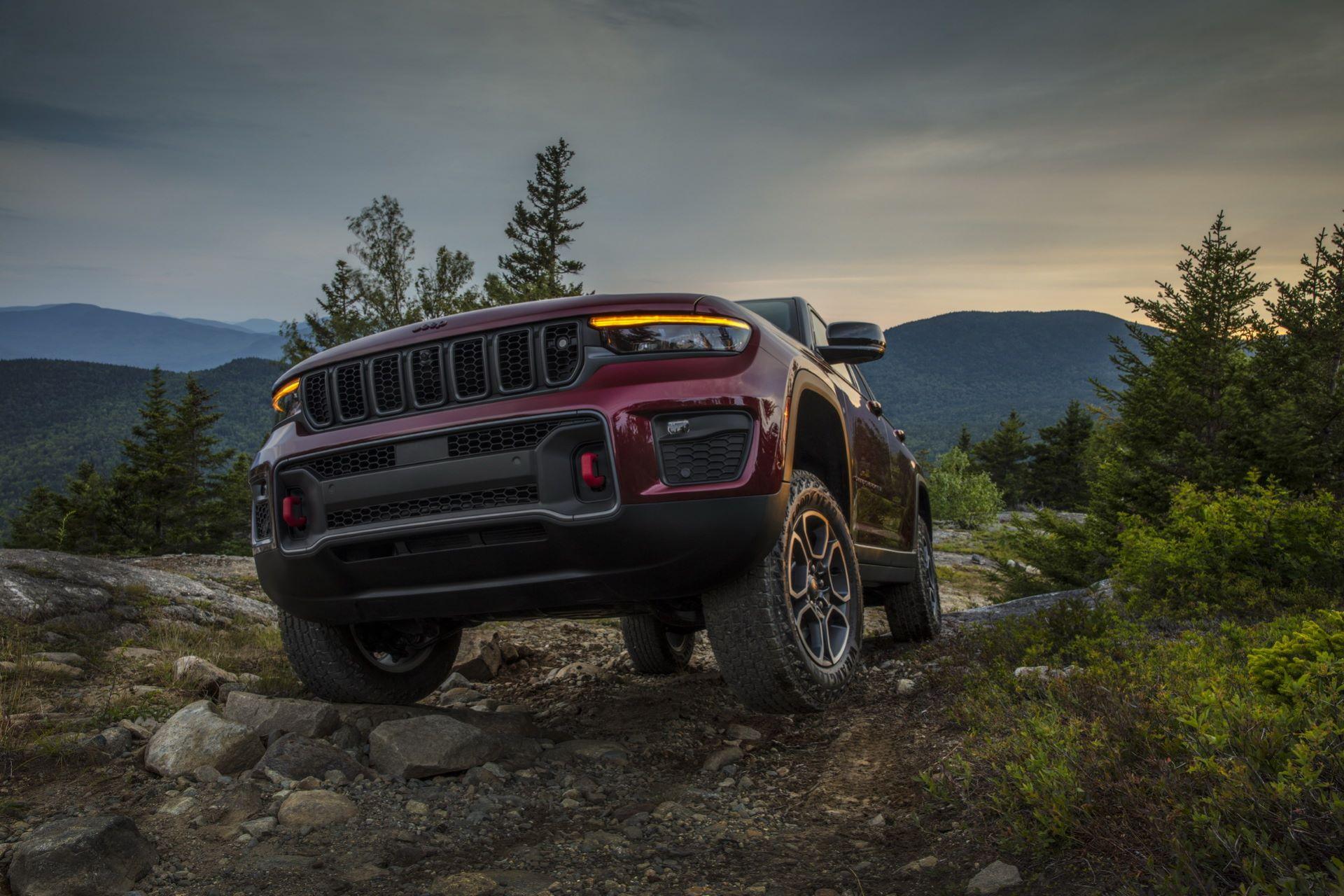 Jeep-Grand-Cherokee-2022-88