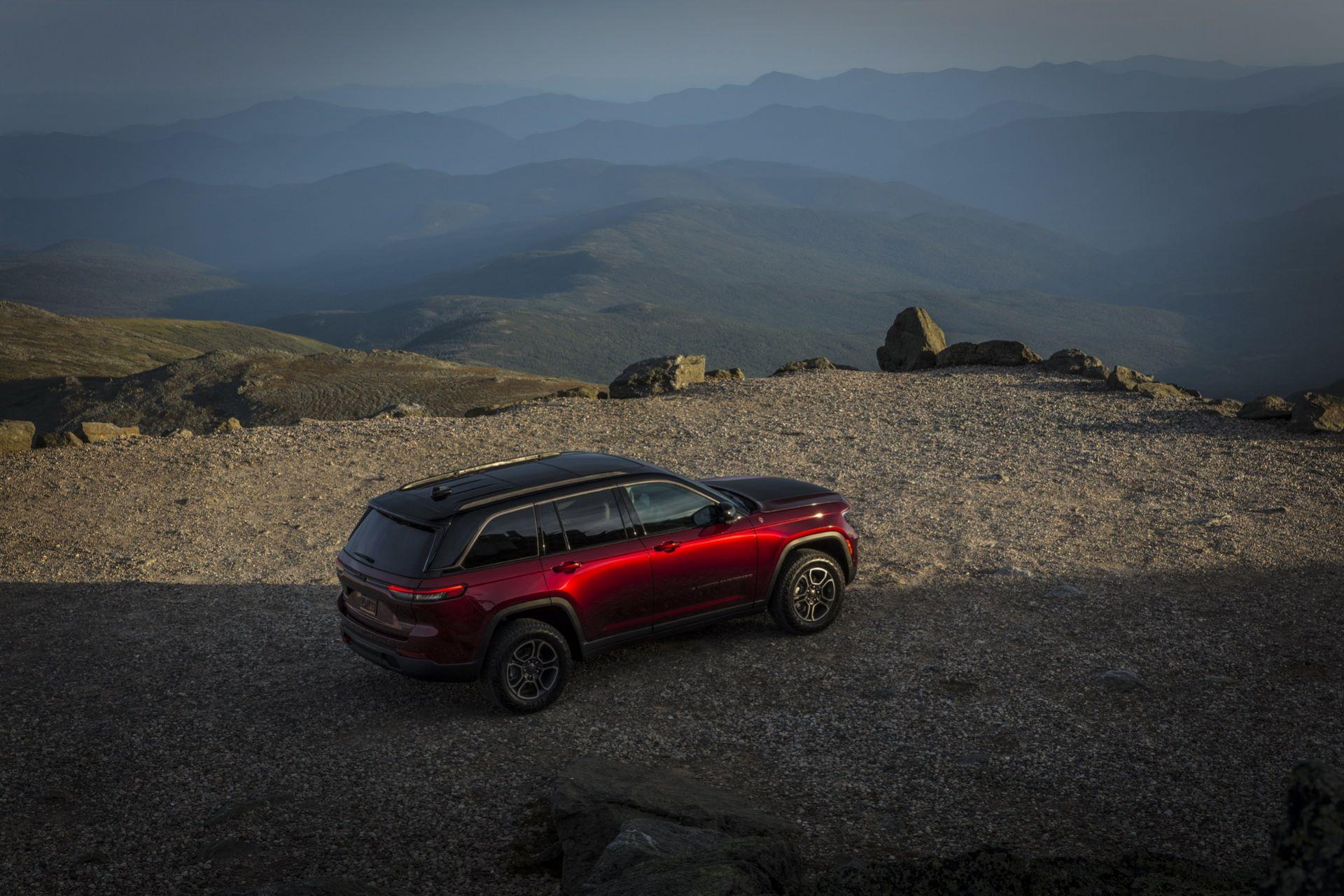 Jeep-Grand-Cherokee-2022-98