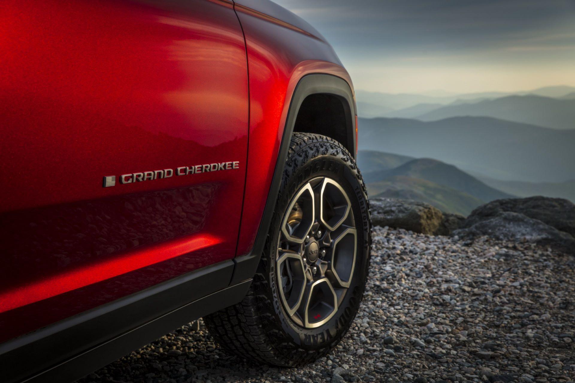 Jeep-Grand-Cherokee-2022-99