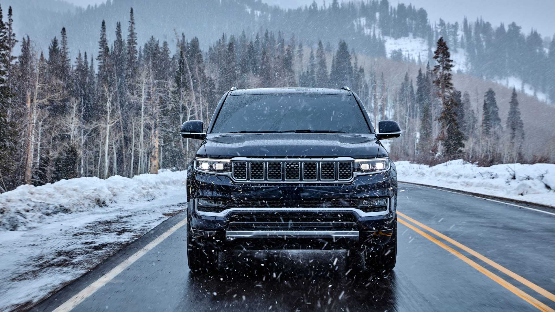 2022-jeep-grand-wagoneer-exterior-front-view-2
