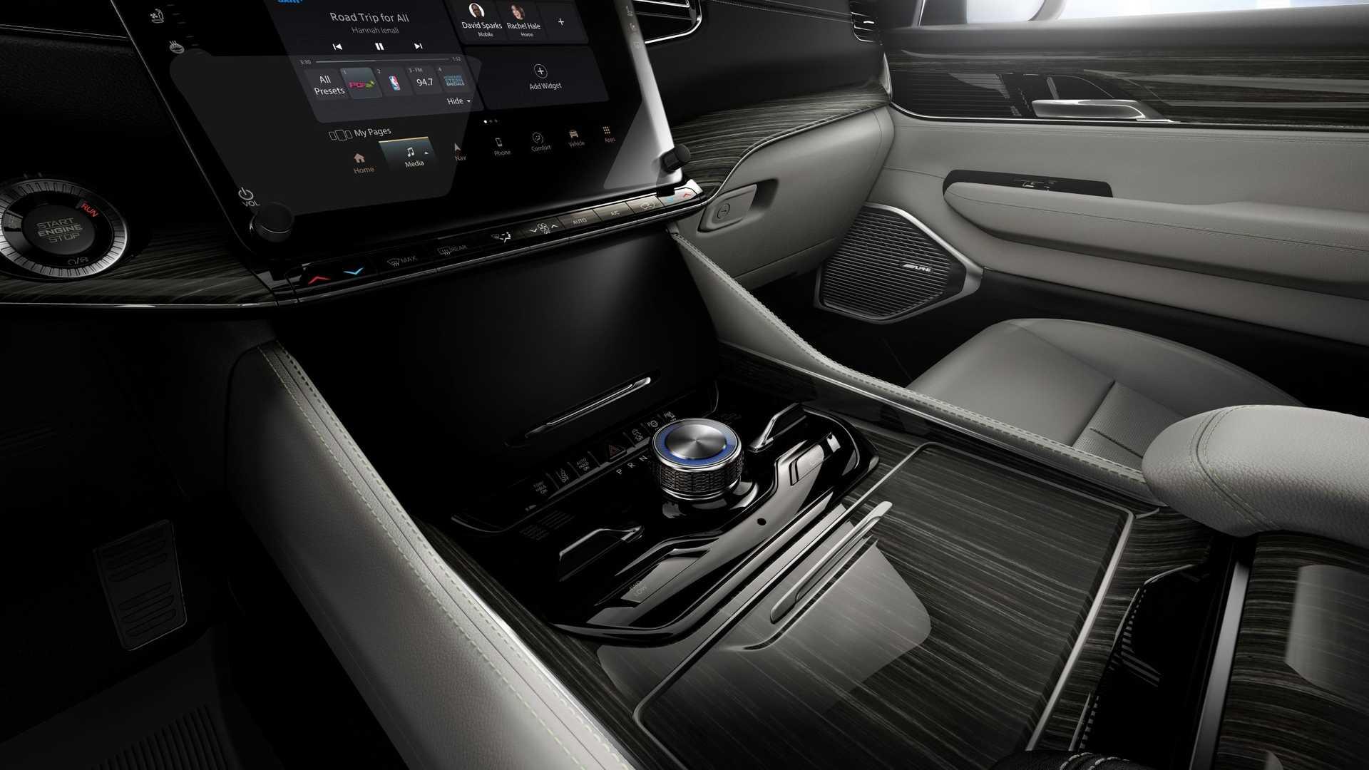 2022-jeep-grand-wagoneer-interior-center-stack-3
