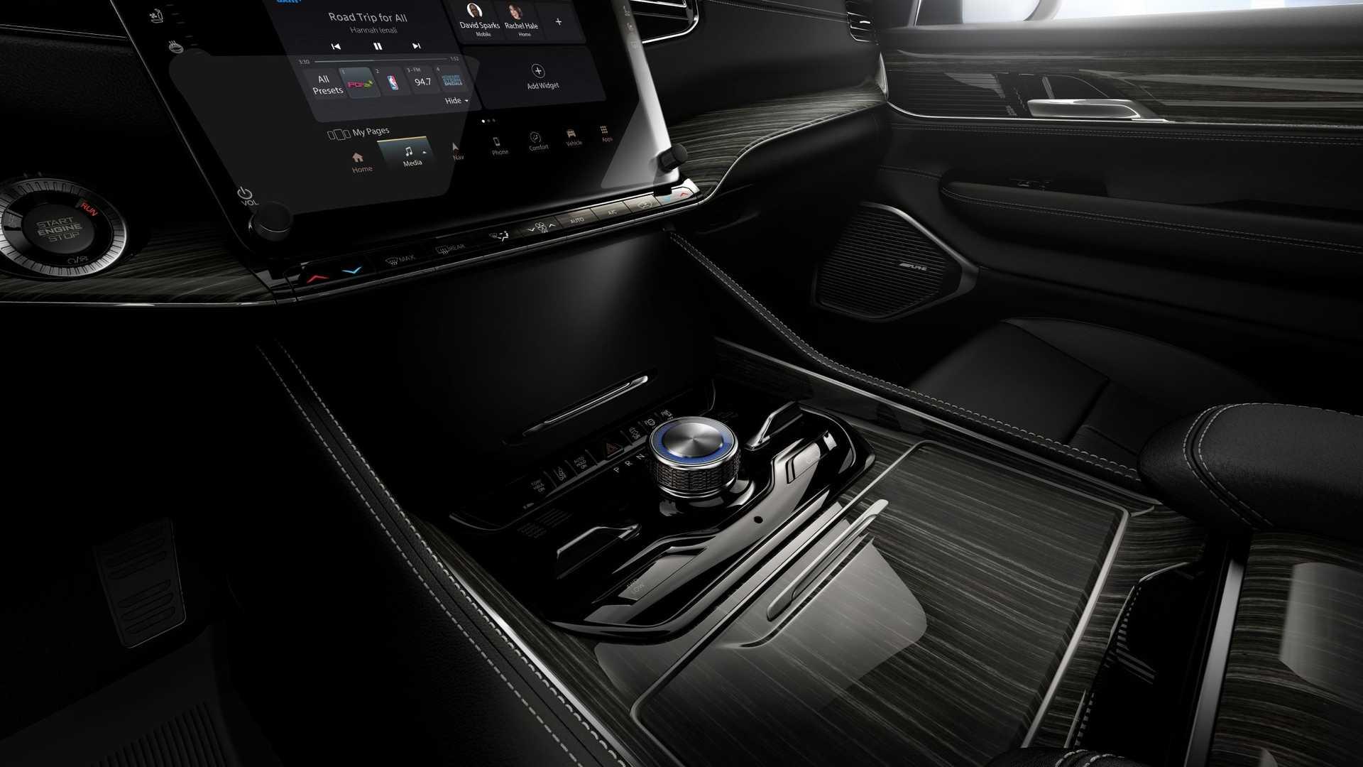 2022-jeep-grand-wagoneer-interior-center-stack