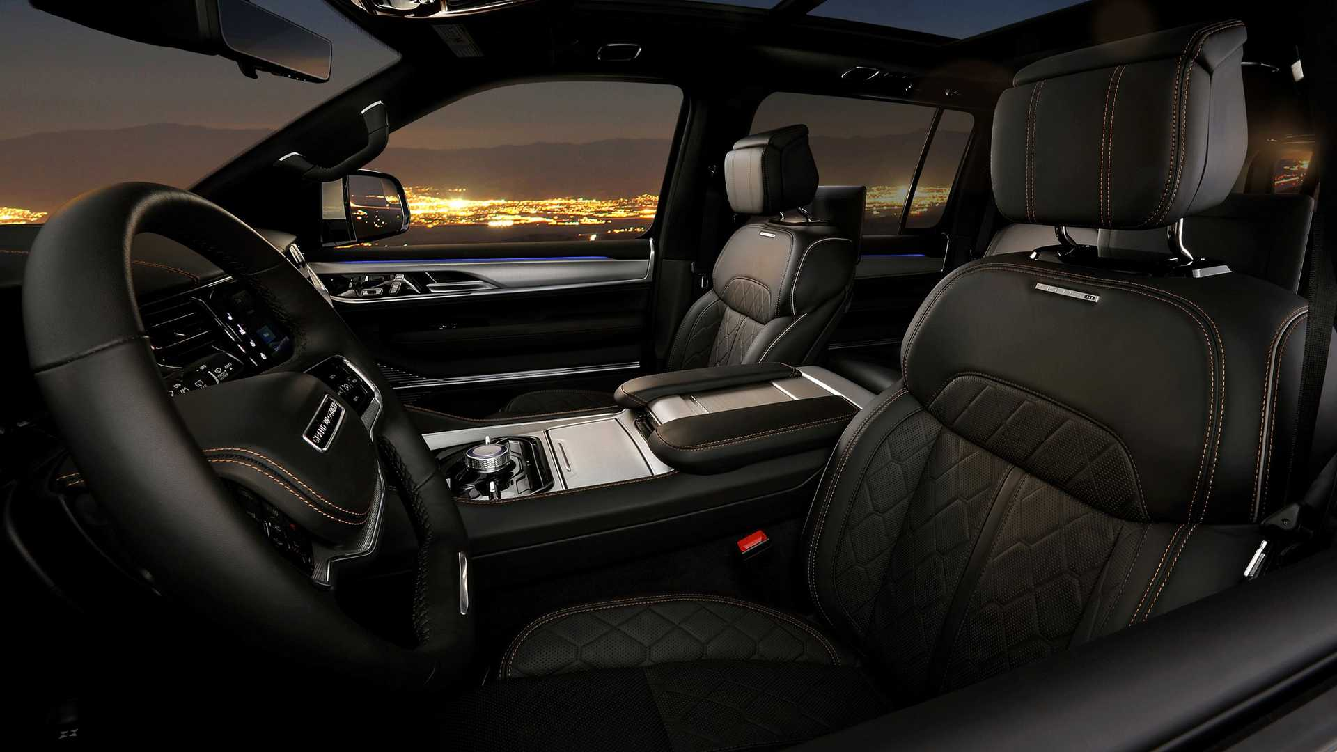 2022-jeep-grand-wagoneer-interior-front-row-1