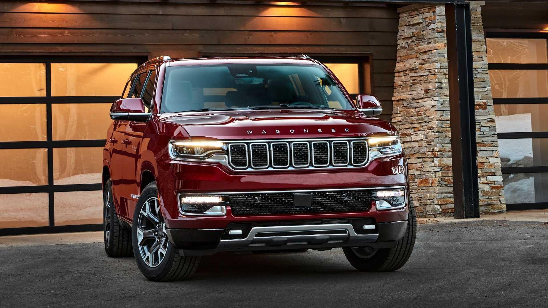 2022-jeep-wagoneer-exterior-front-quarter-2