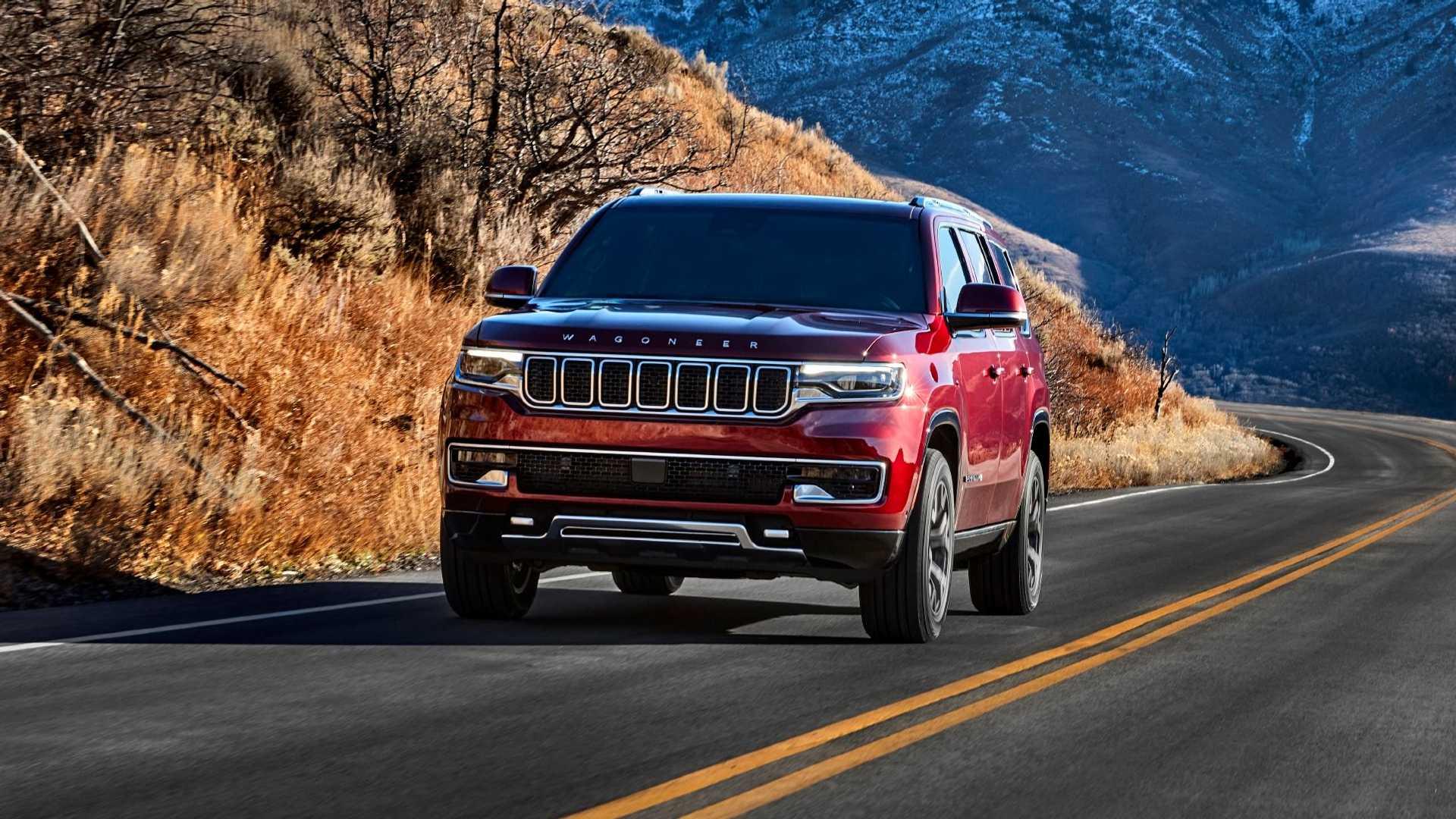 2022-jeep-wagoneer-exterior-front-quarter-6