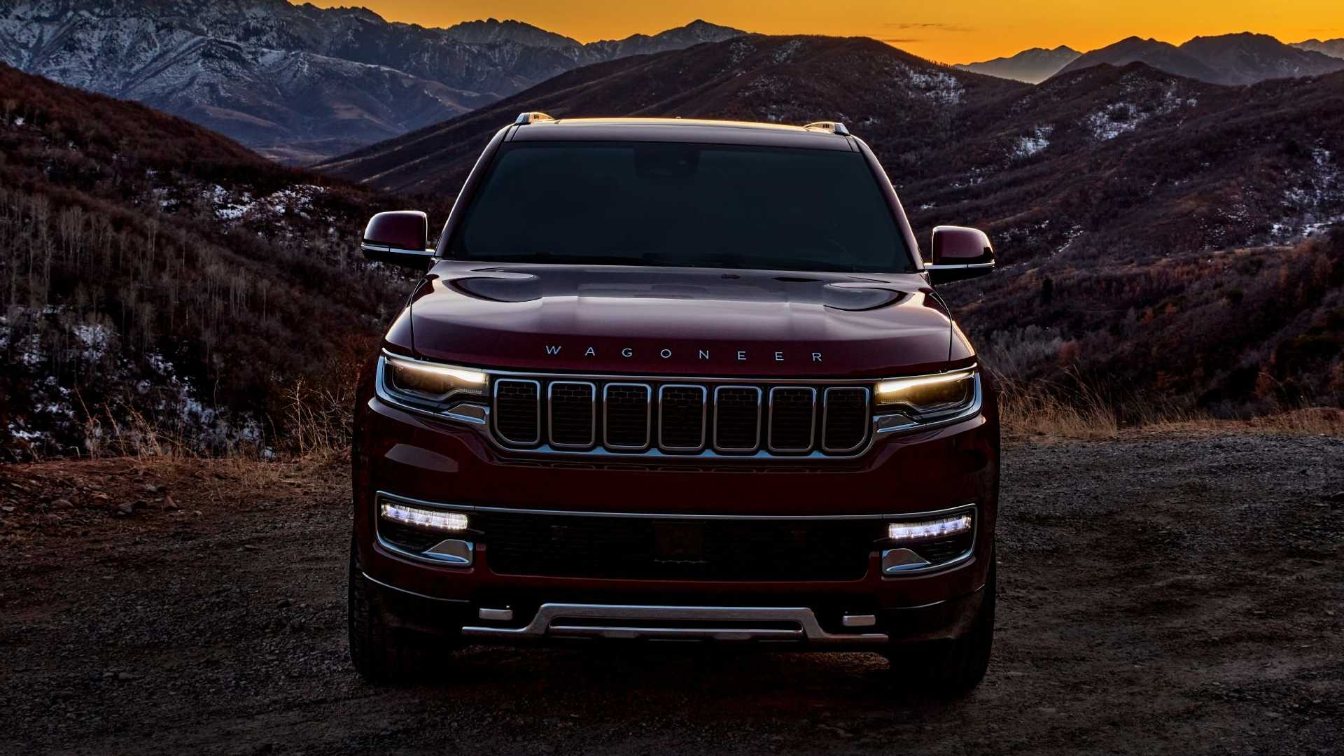 2022-jeep-wagoneer-exterior-front-view-2