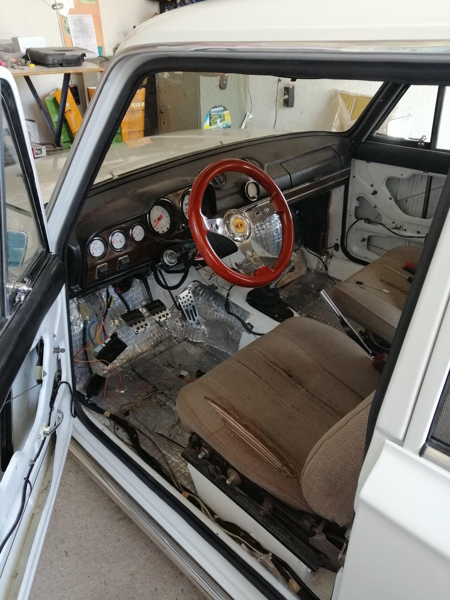 Lada-VAZ-2101-GB-Design-25