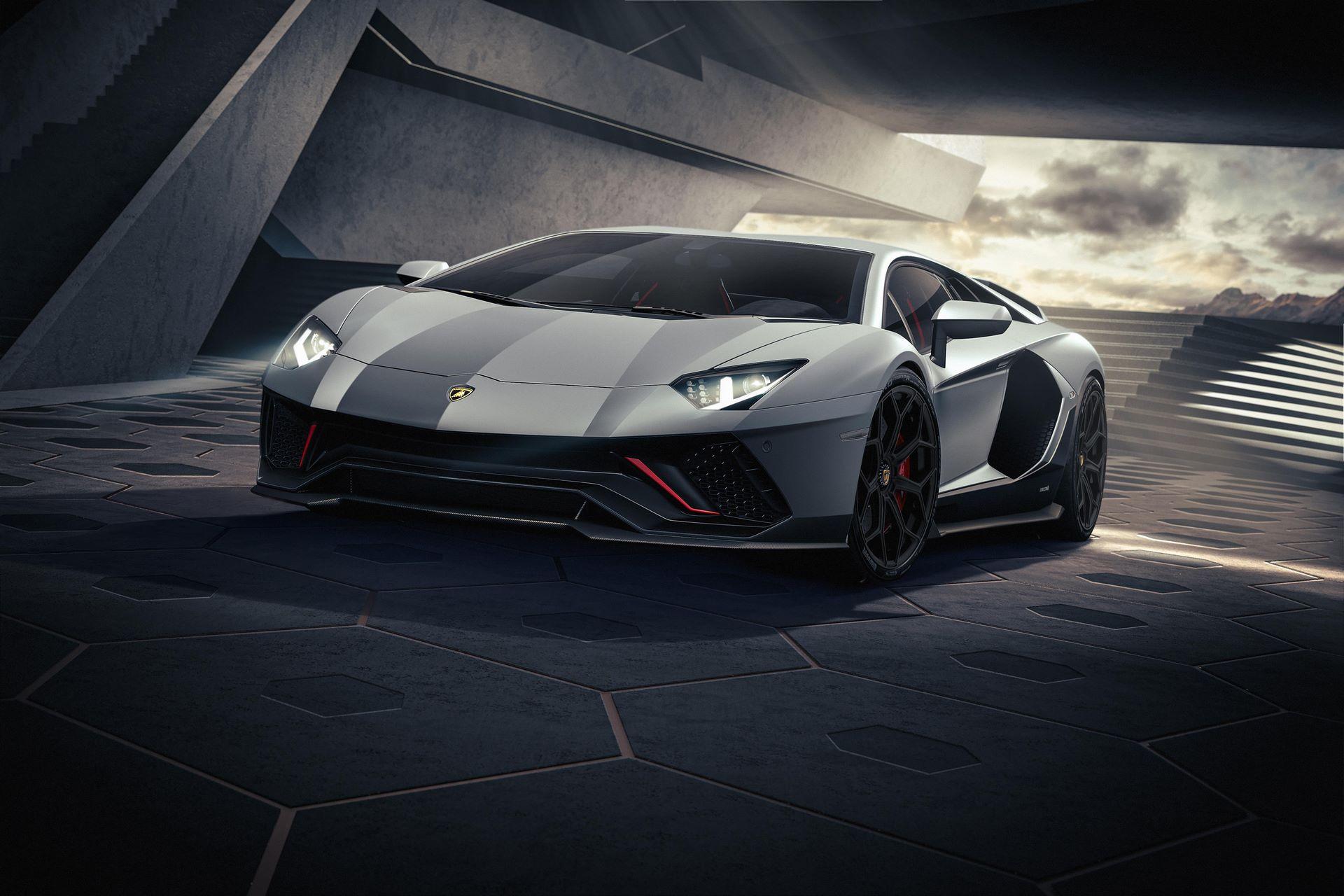 Lamborghini-Aventador-LP780-4-Ultimae-15