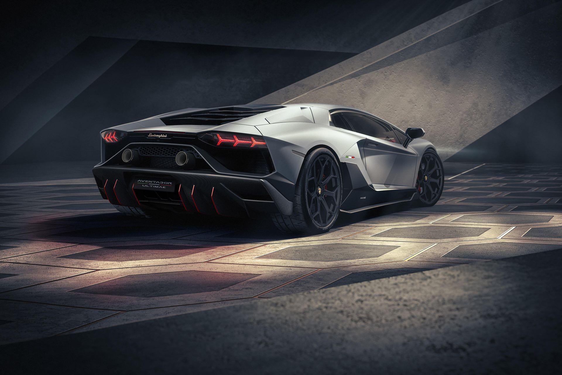 Lamborghini-Aventador-LP780-4-Ultimae-16