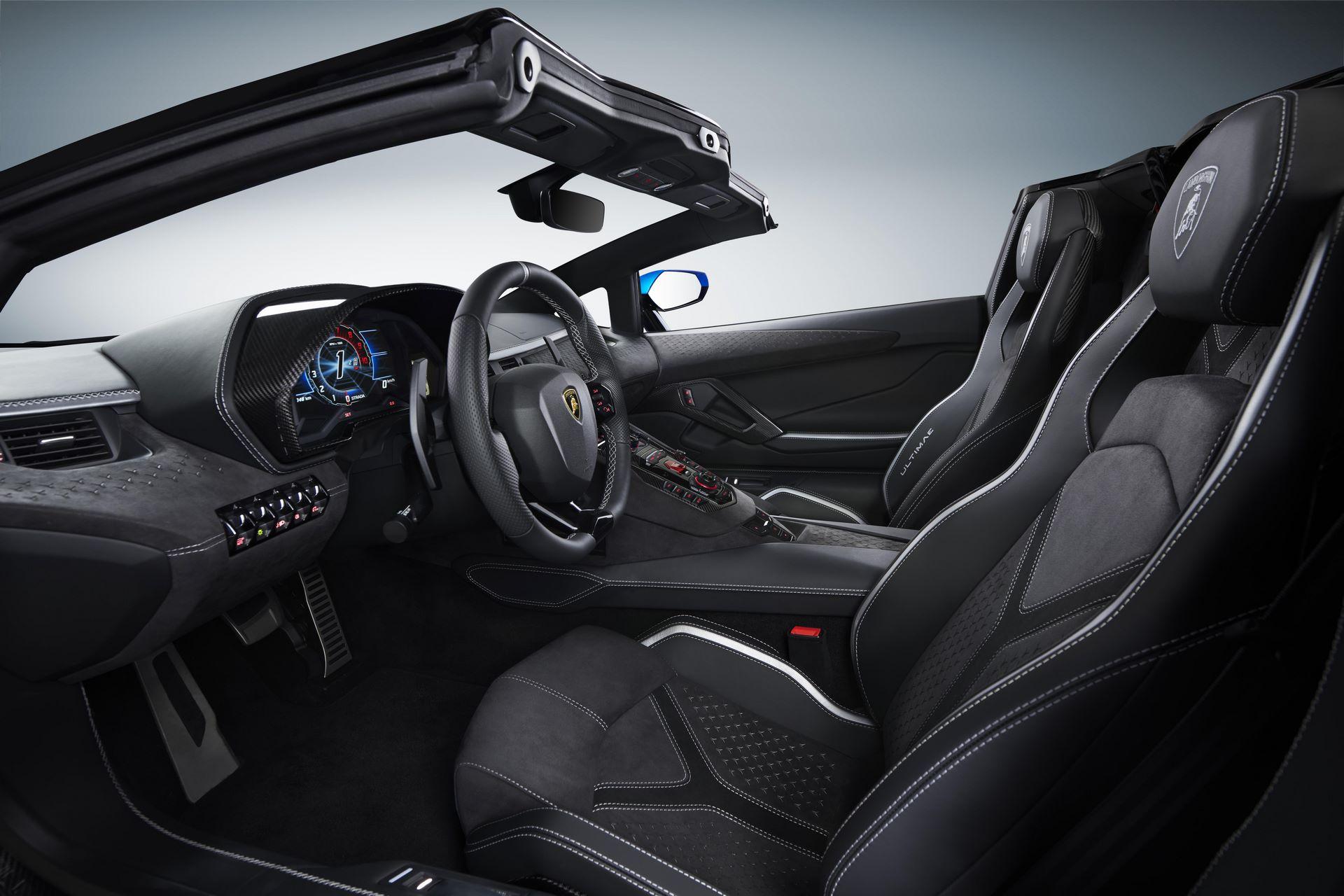 Lamborghini-Aventador-LP780-4-Ultimae-27