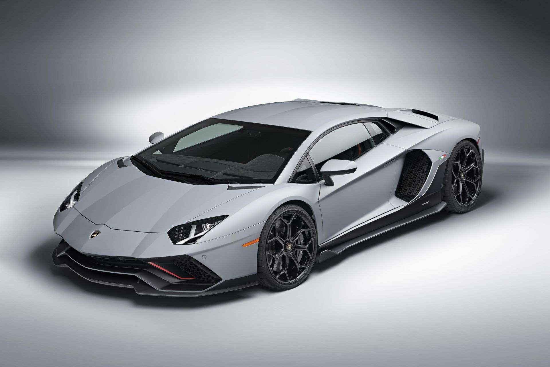 Lamborghini-Aventador-LP780-4-Ultimae-31