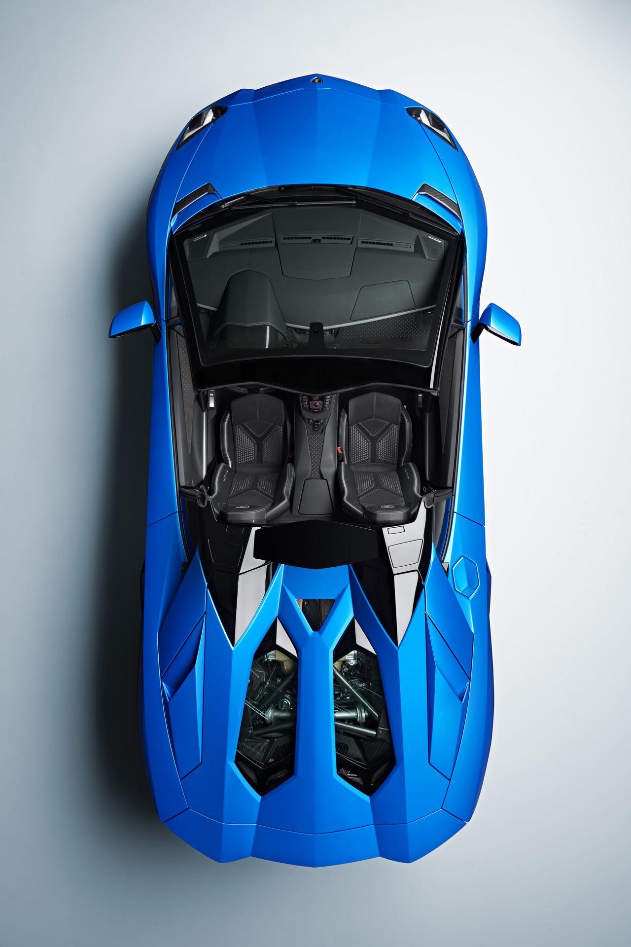 Lamborghini-Aventador-LP780-4-Ultimae-36