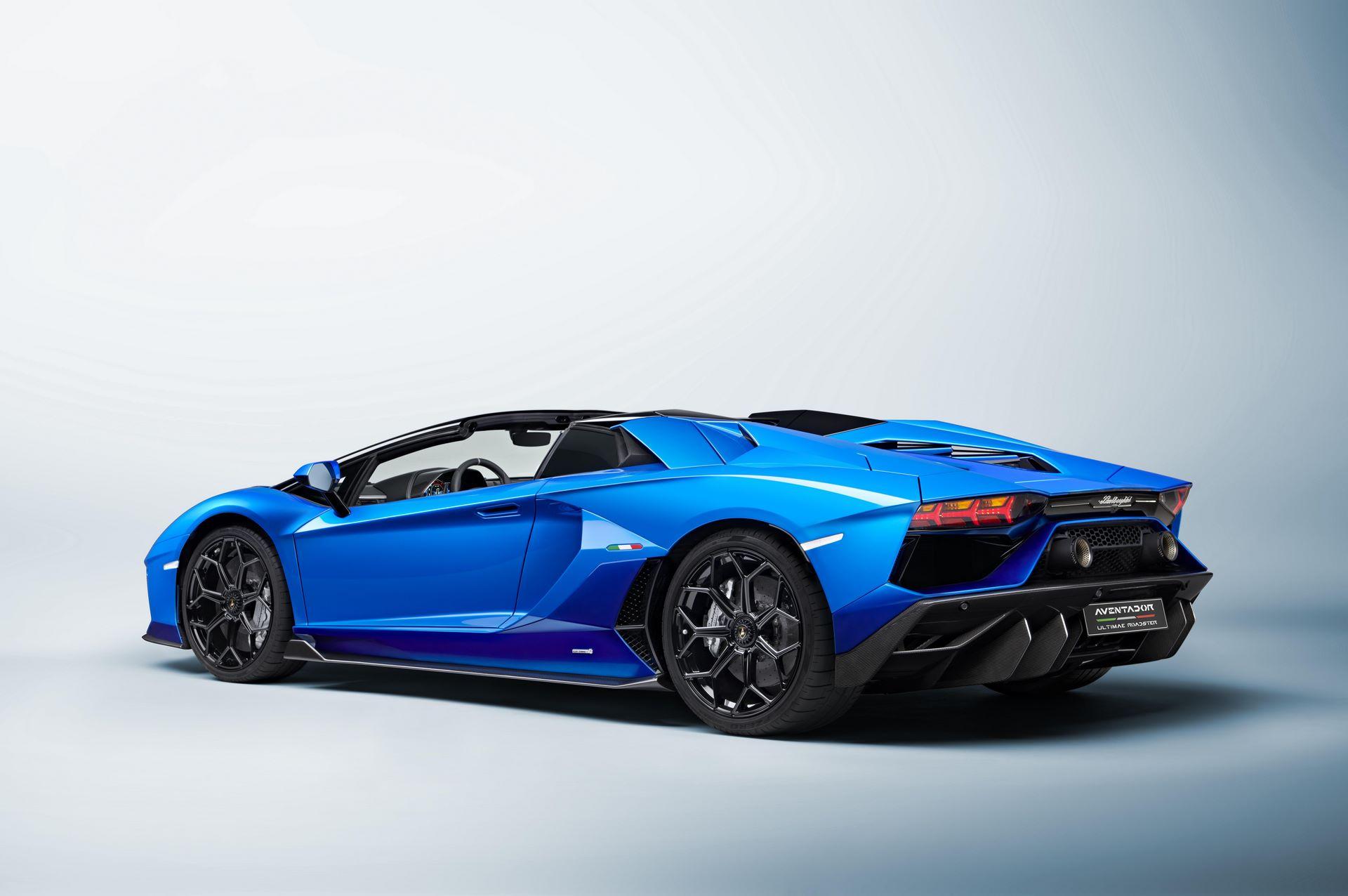 Lamborghini-Aventador-LP780-4-Ultimae-37