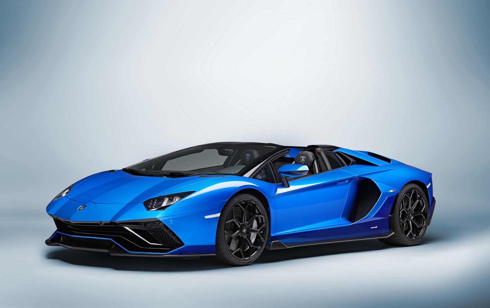Lamborghini-Aventador-LP780-4-Ultimae-39