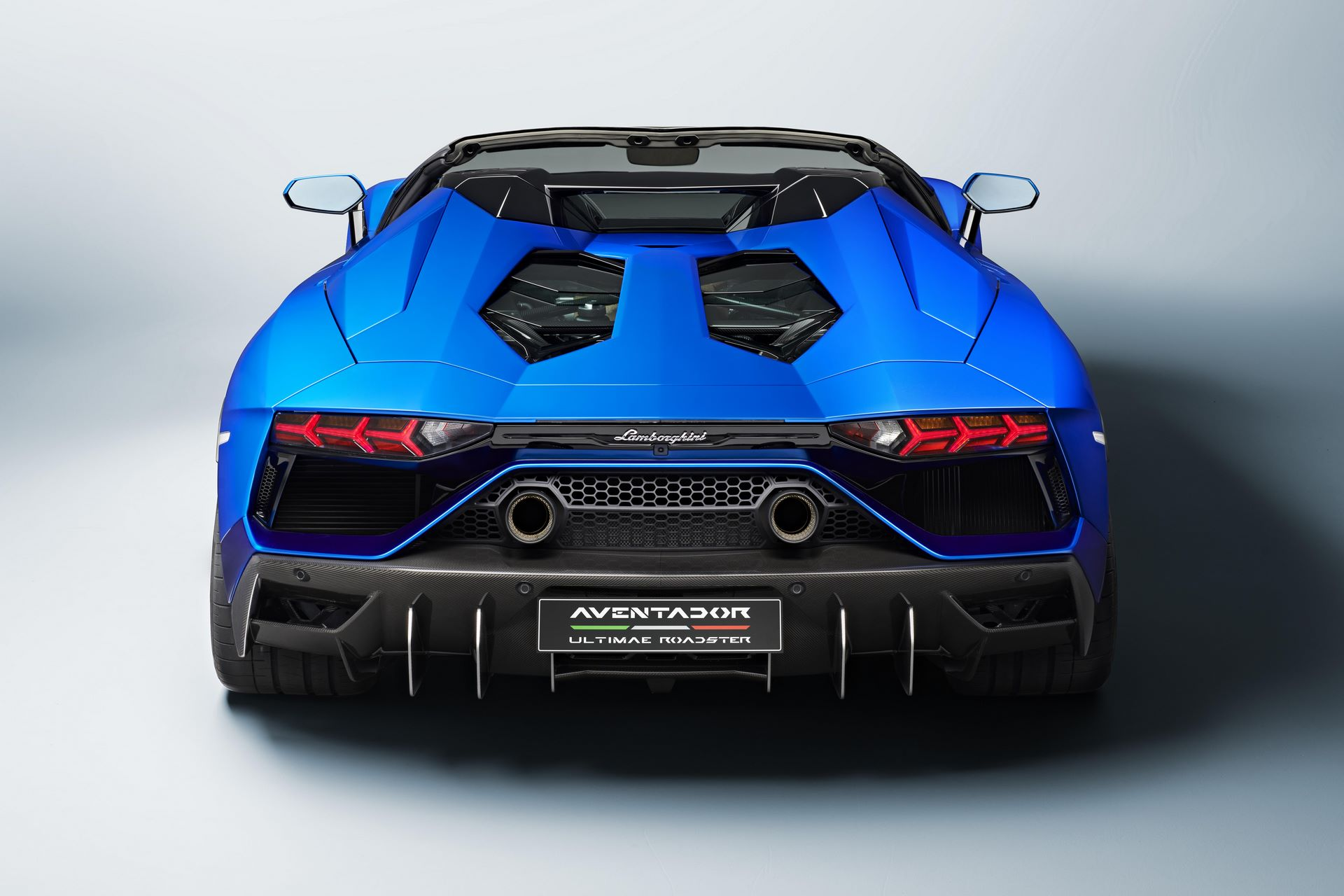 Lamborghini-Aventador-LP780-4-Ultimae-43
