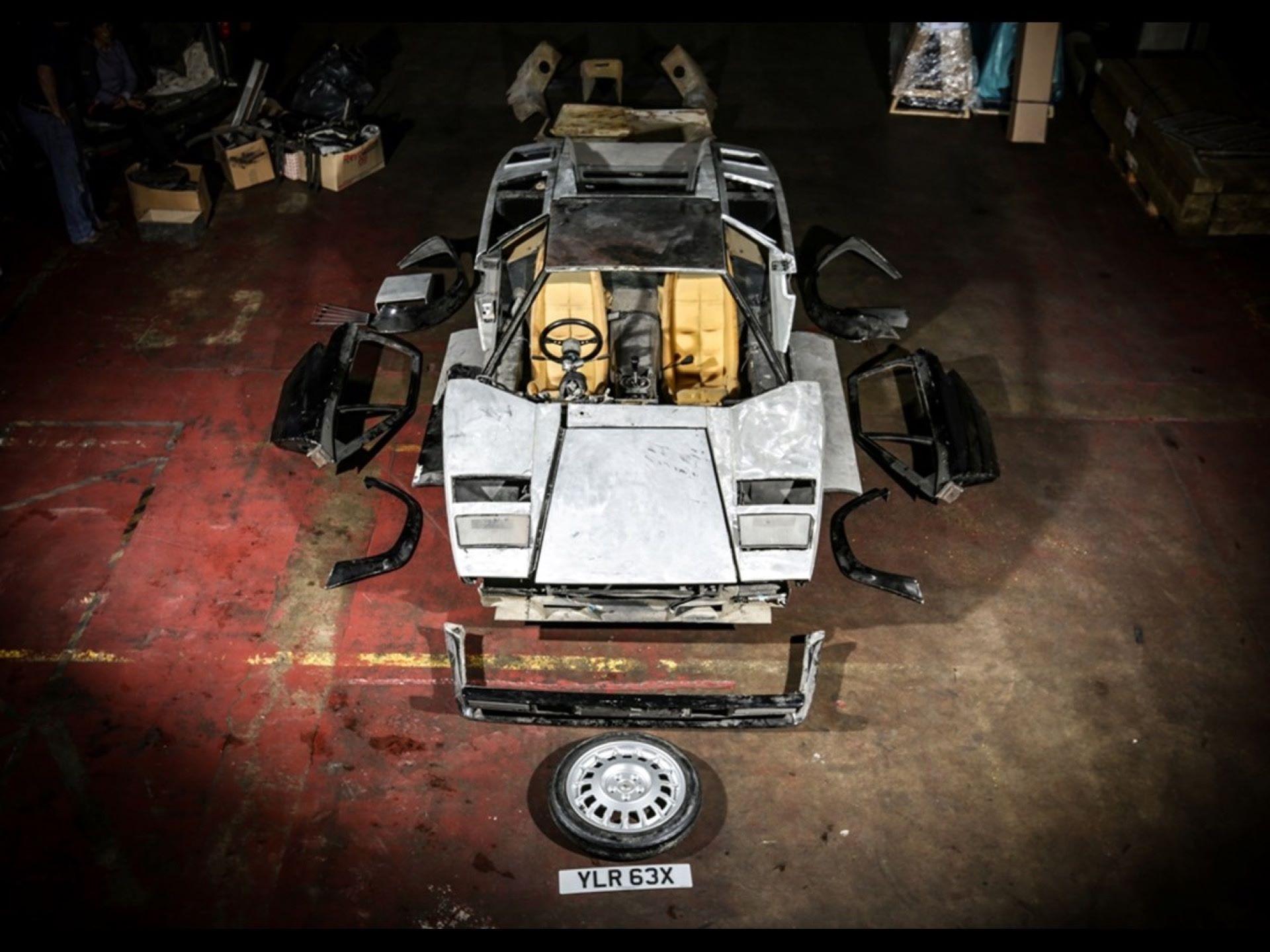 Lamborghini-Countach-5000S-auction-1