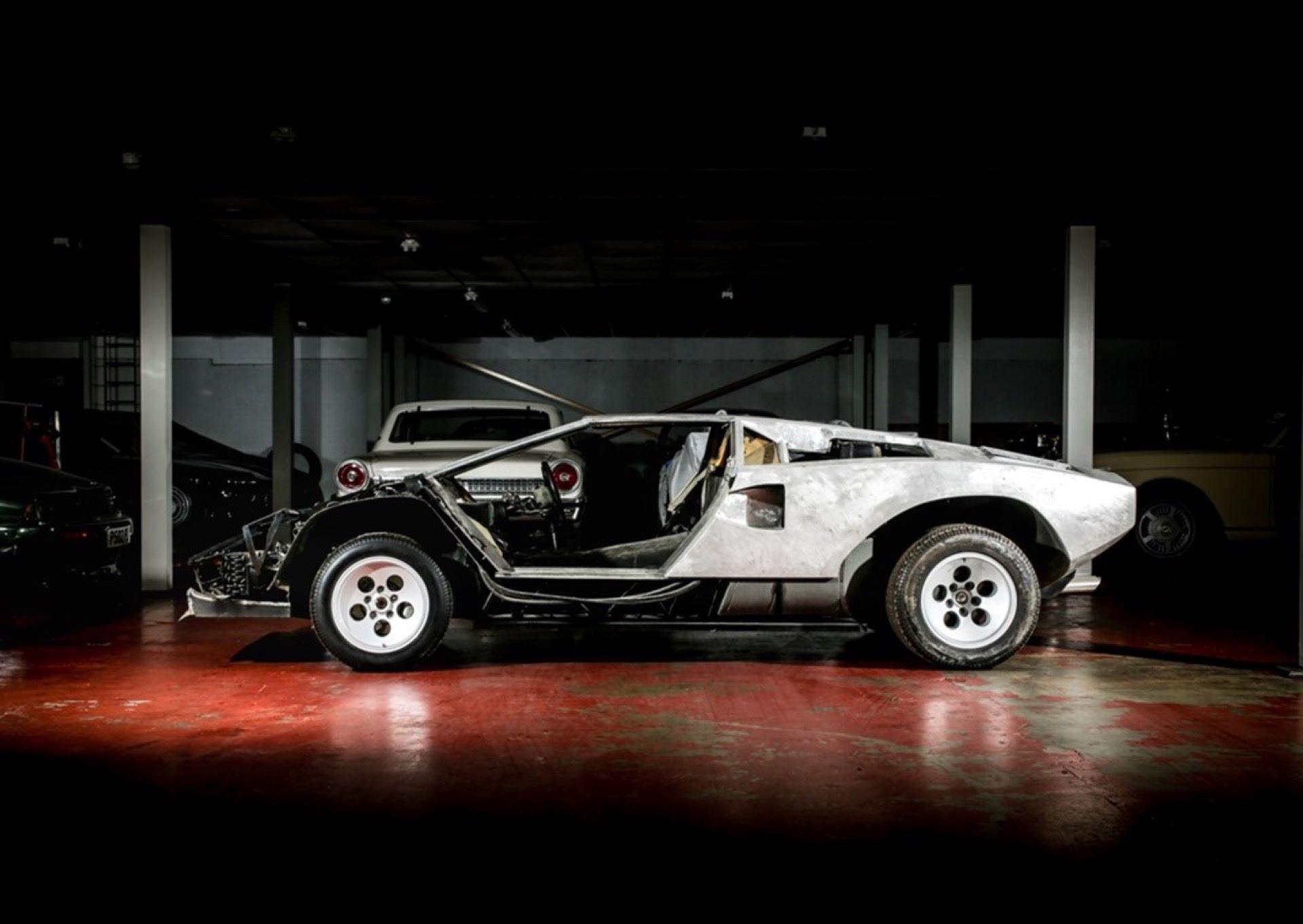Lamborghini-Countach-5000S-auction-3