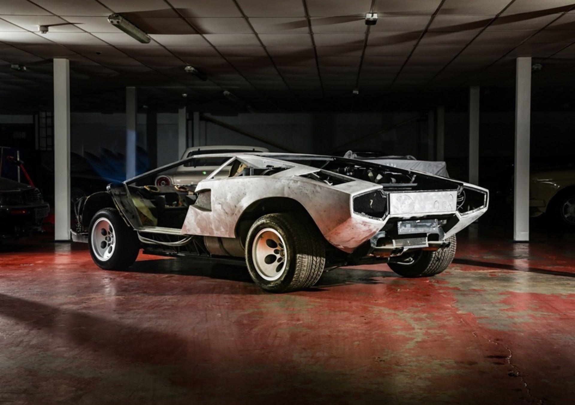 Lamborghini-Countach-5000S-auction-4