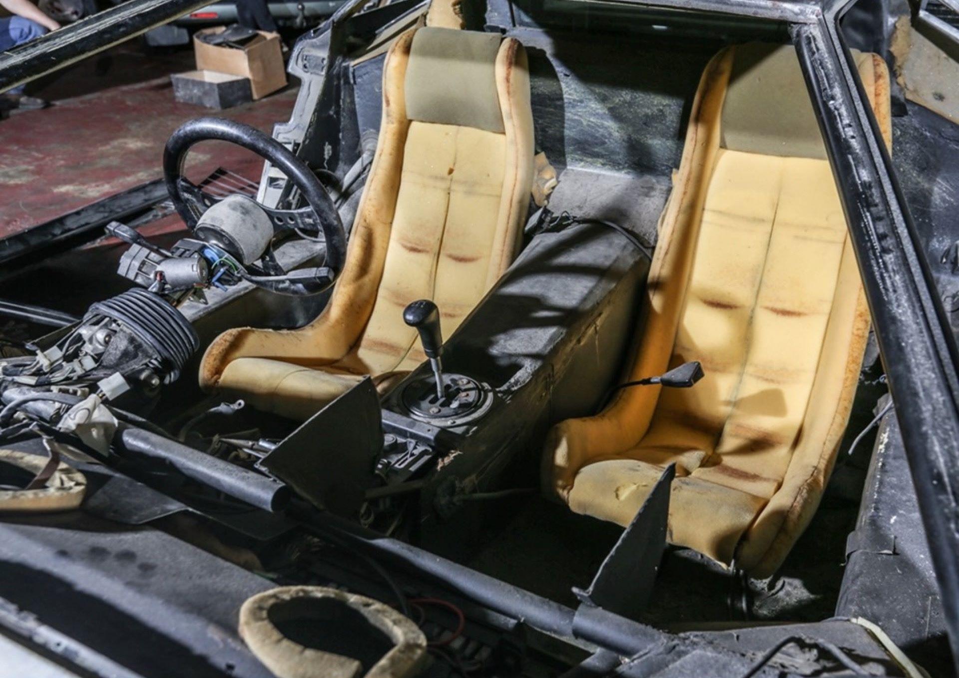 Lamborghini-Countach-5000S-auction-5
