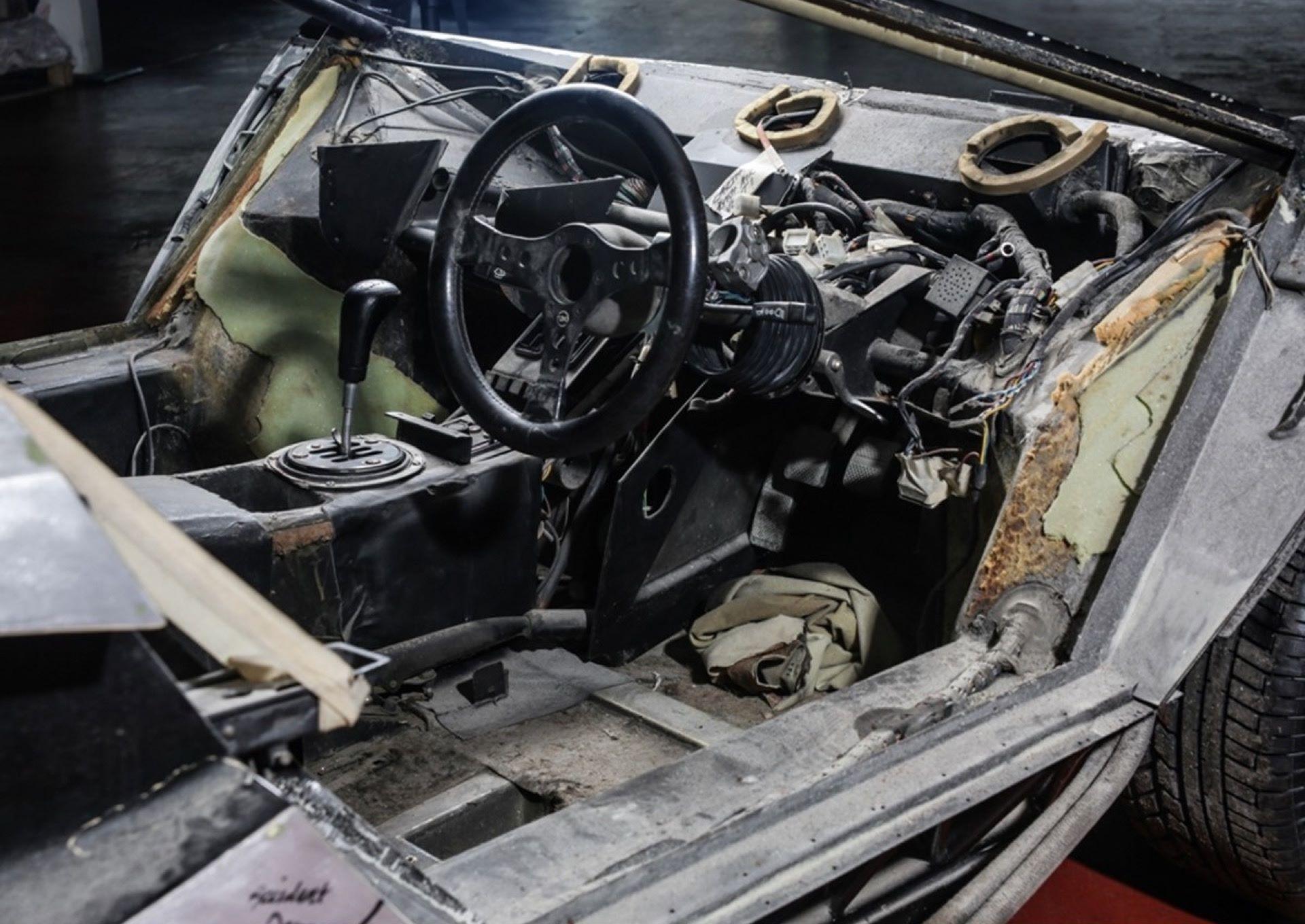 Lamborghini-Countach-5000S-auction-8