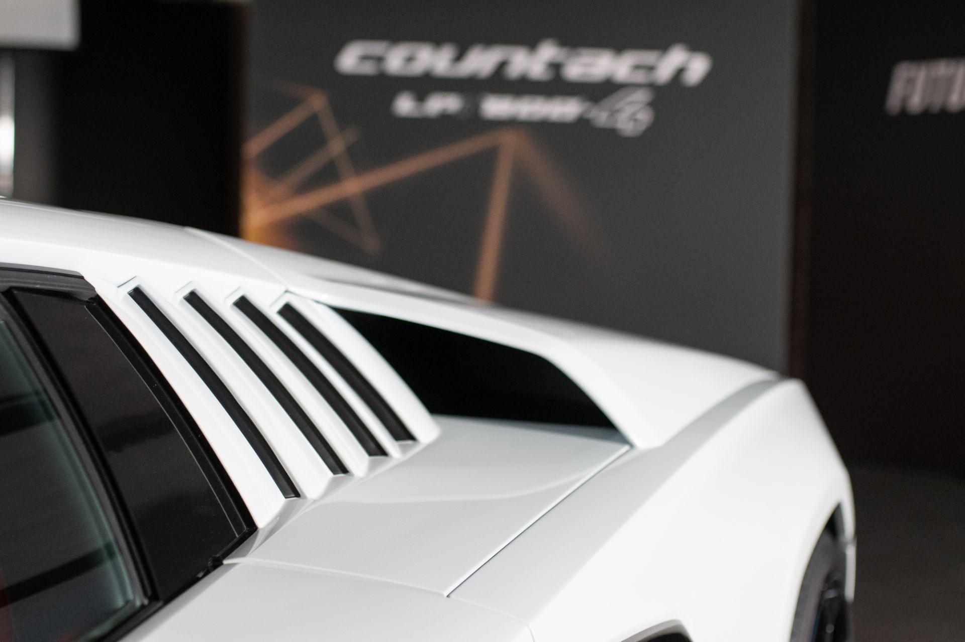 Lamborghini-Countach-LPI-800-4-13