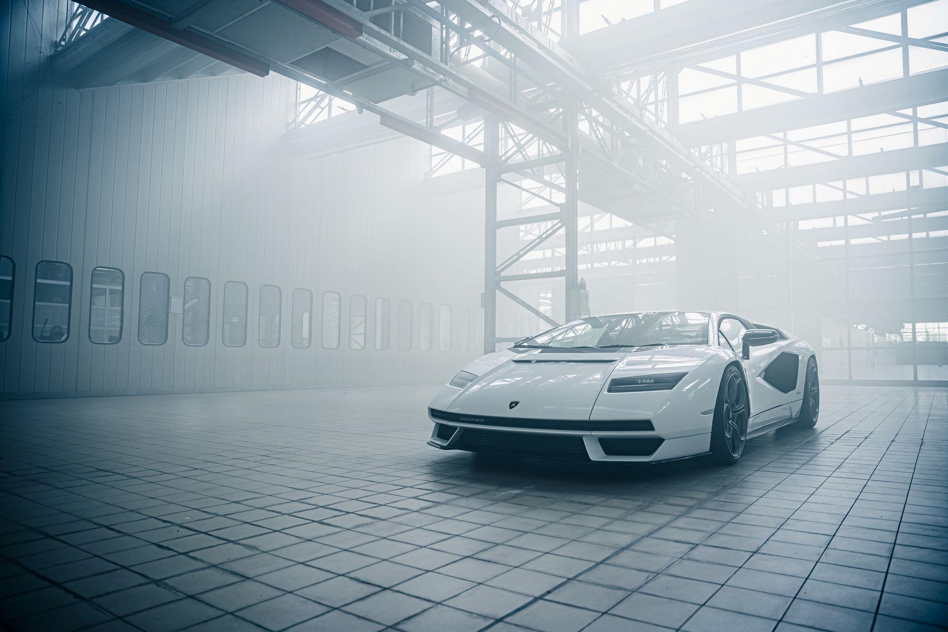 Lamborghini-Countach-LPI-800-4-50