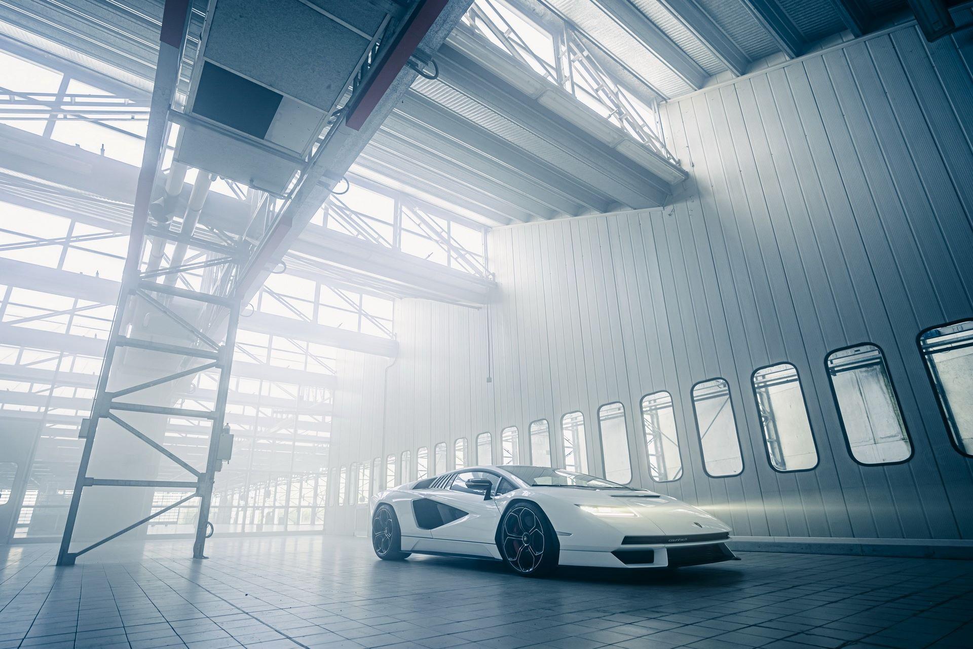 Lamborghini-Countach-LPI-800-4-55