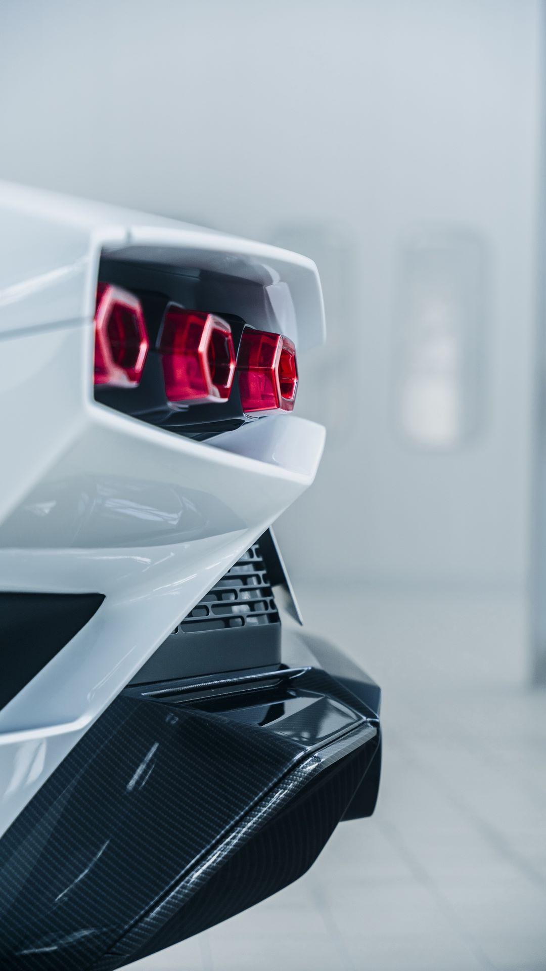 Lamborghini-Countach-LPI-800-4-67