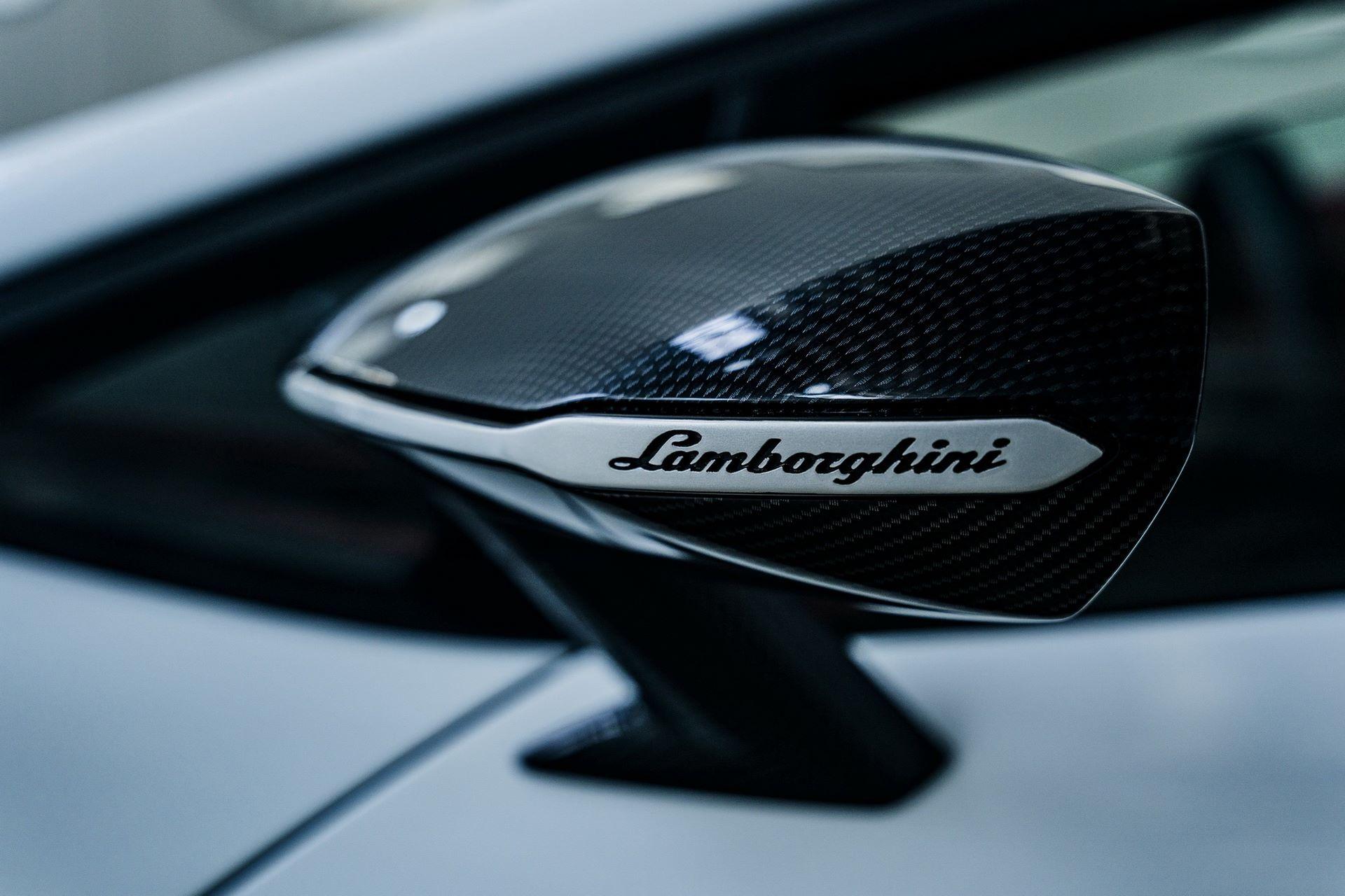 Lamborghini-Countach-LPI-800-4-75