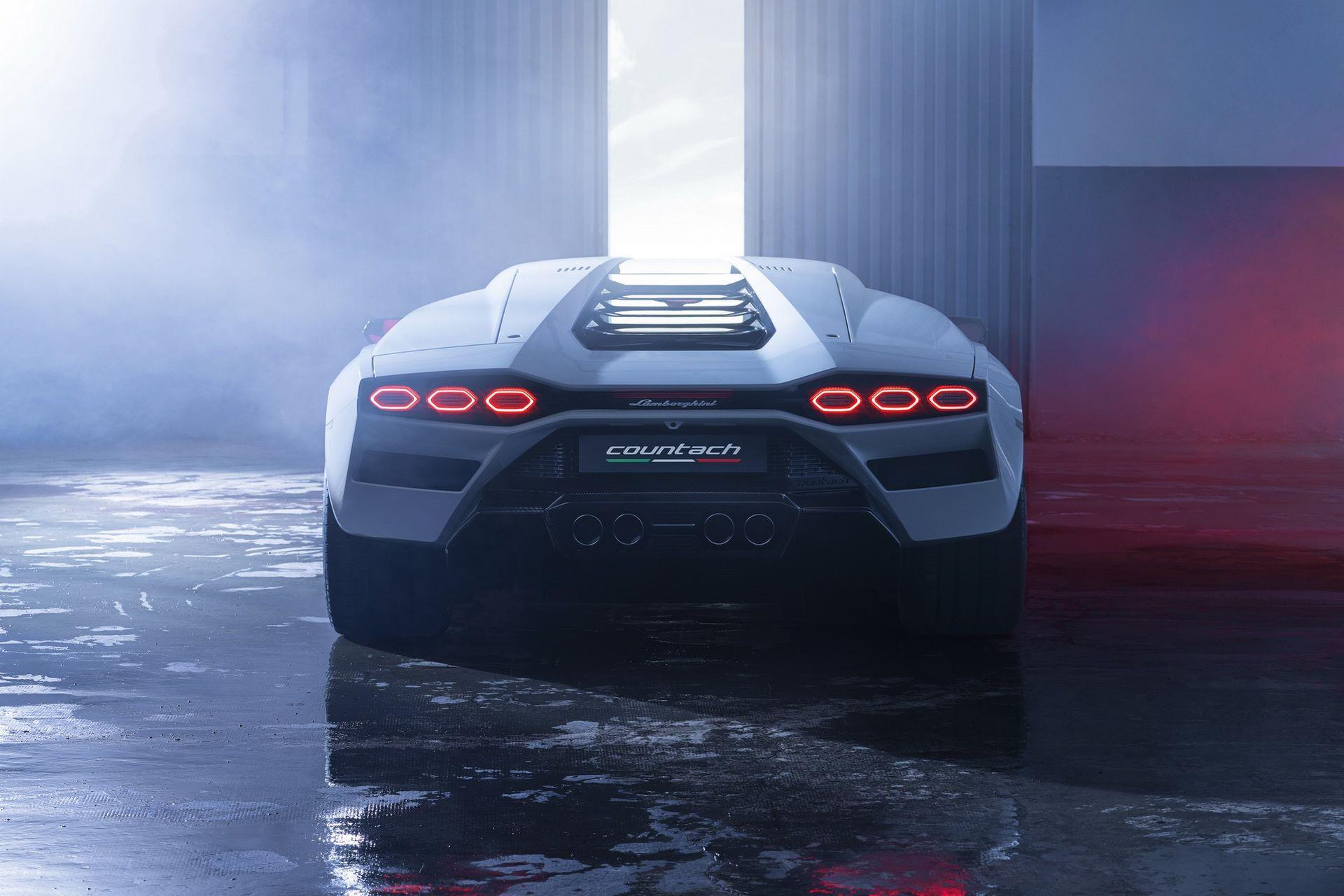 Lamborghini-Countach-LPI-800-4-82