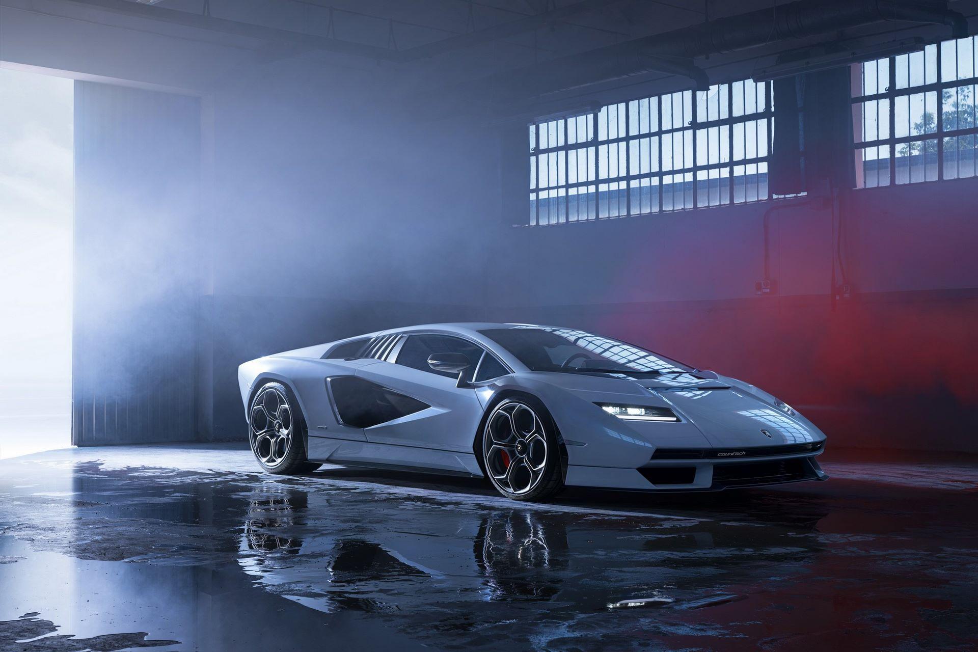Lamborghini-Countach-LPI-800-4-83