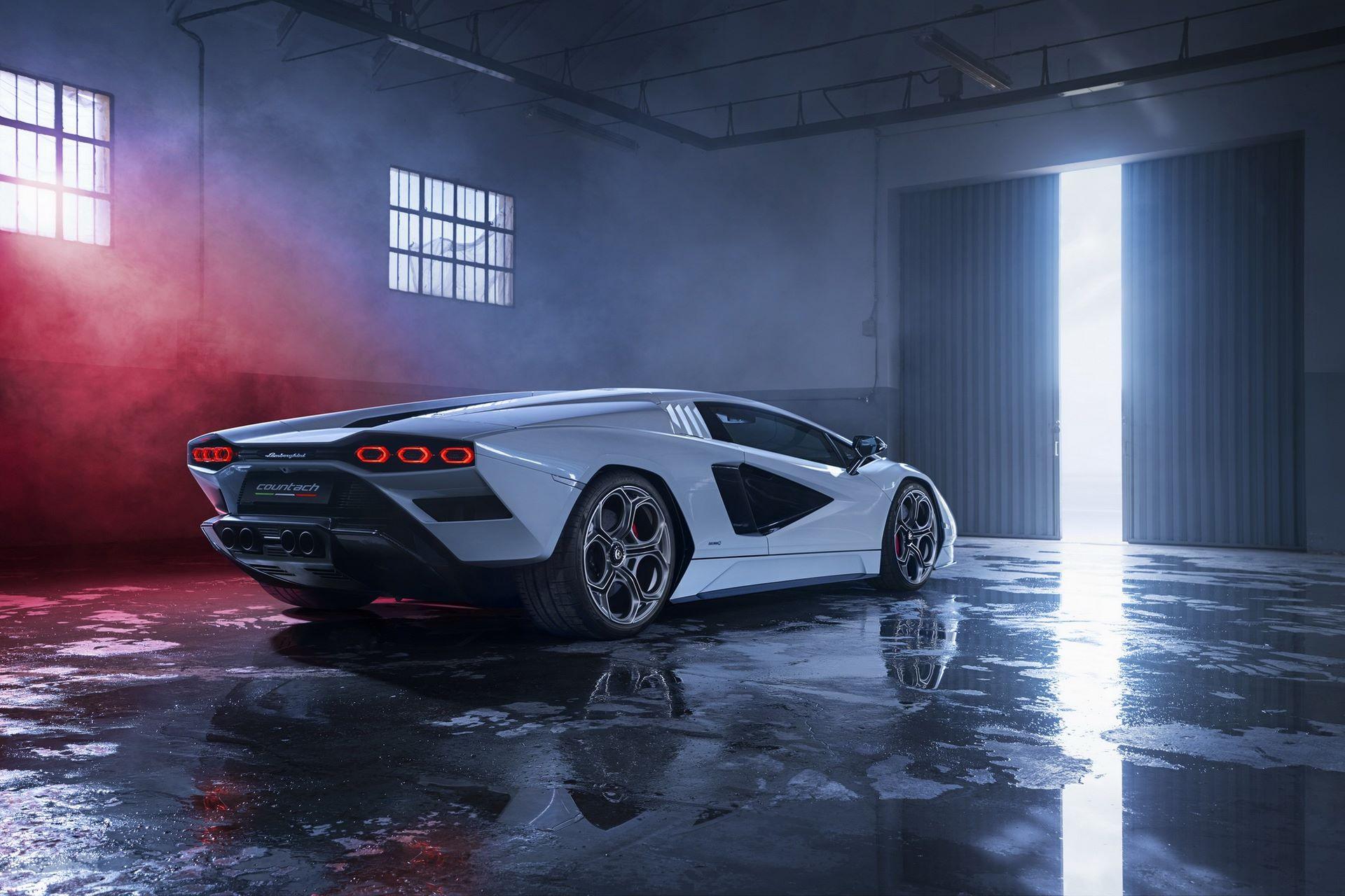 Lamborghini-Countach-LPI-800-4-88