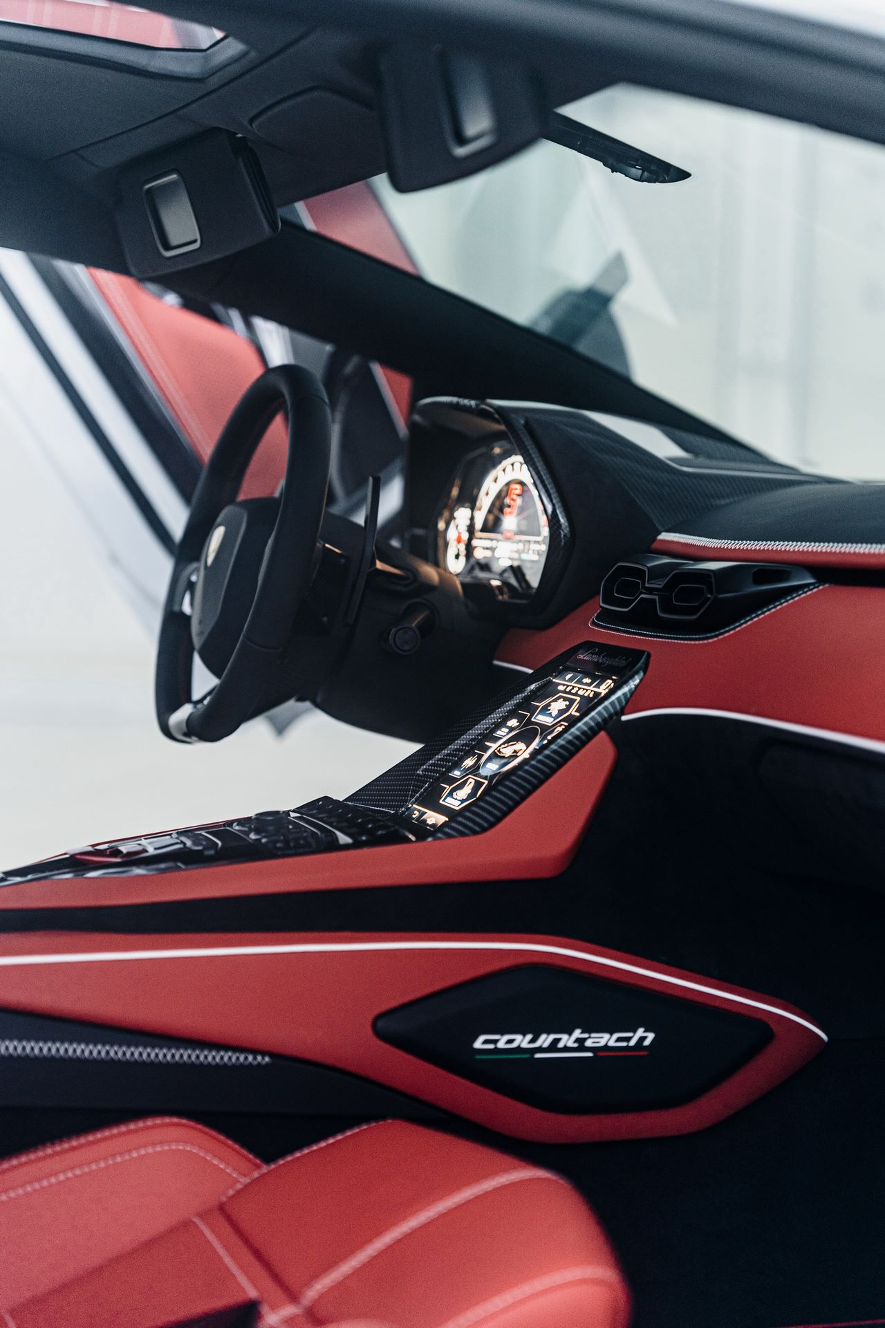 Lamborghini-Countach-LPI-800-4-94