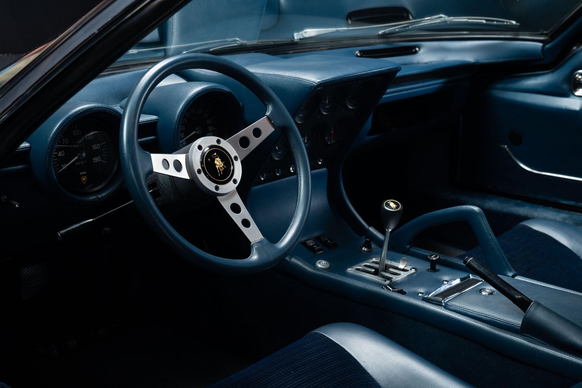 1971-Lamborghini-Miura-P400-S-by-Bertone_11