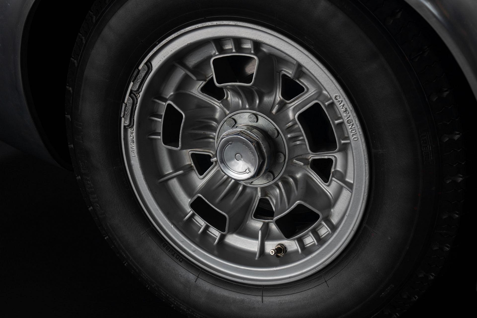 1971-Lamborghini-Miura-P400-S-by-Bertone_22
