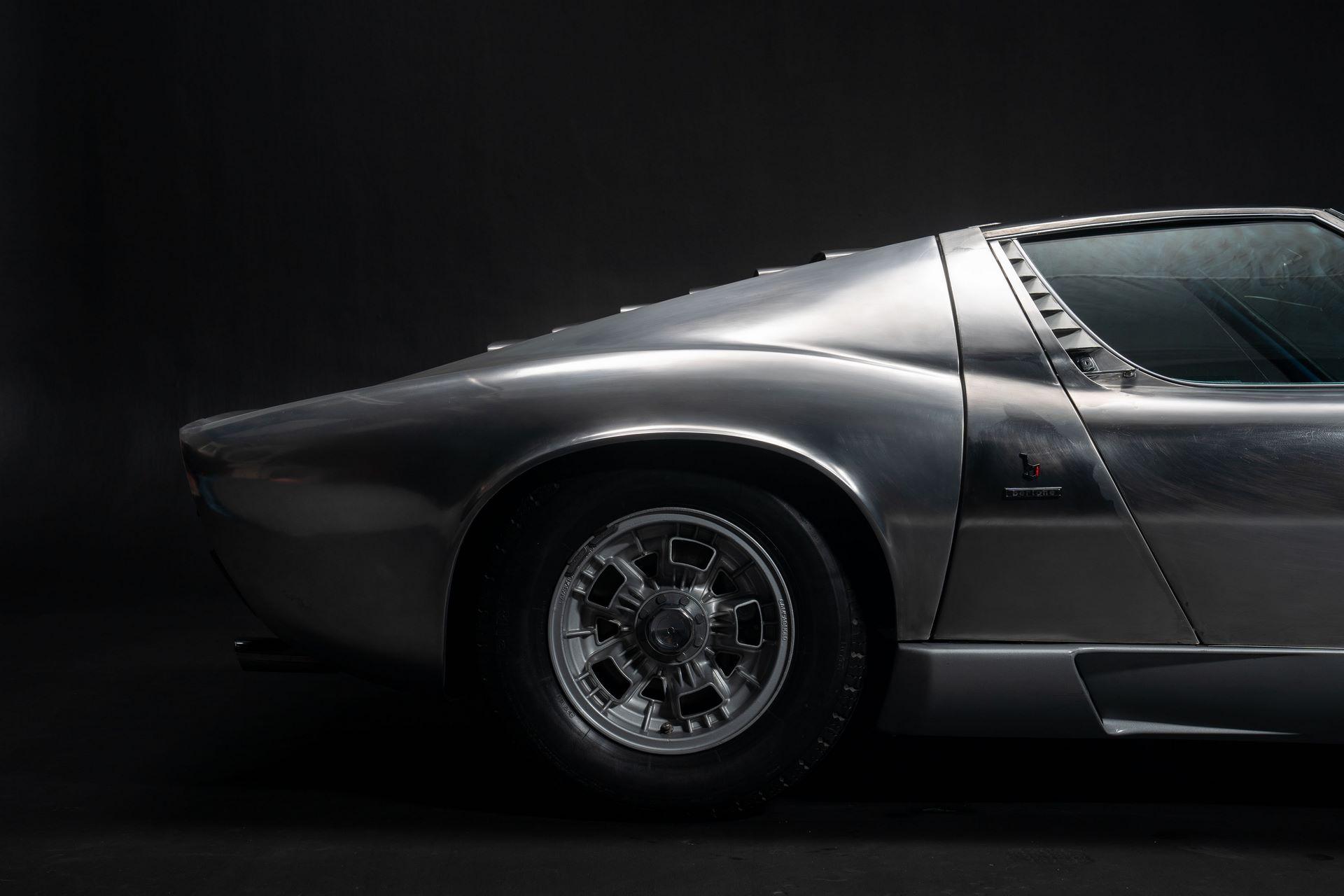 1971-Lamborghini-Miura-P400-S-by-Bertone_28