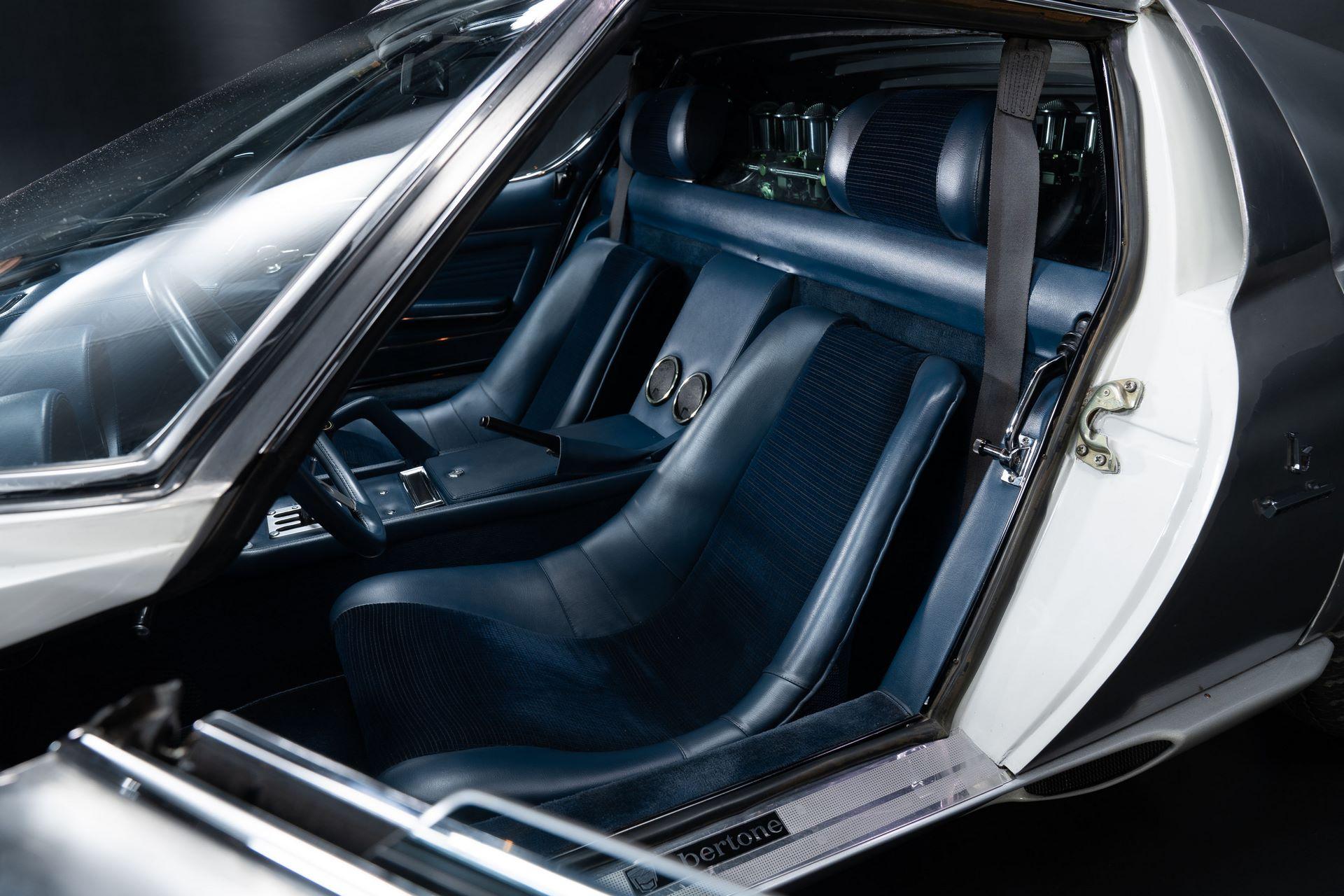 1971-Lamborghini-Miura-P400-S-by-Bertone_37
