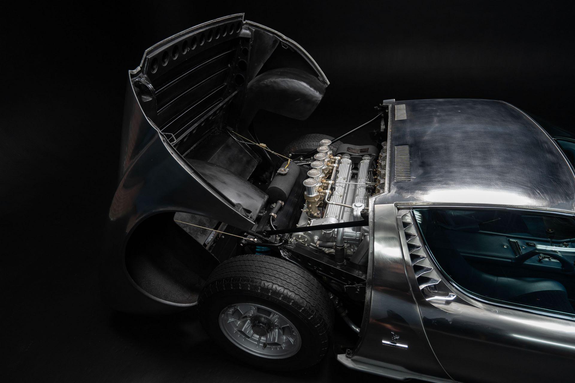 1971-Lamborghini-Miura-P400-S-by-Bertone_44
