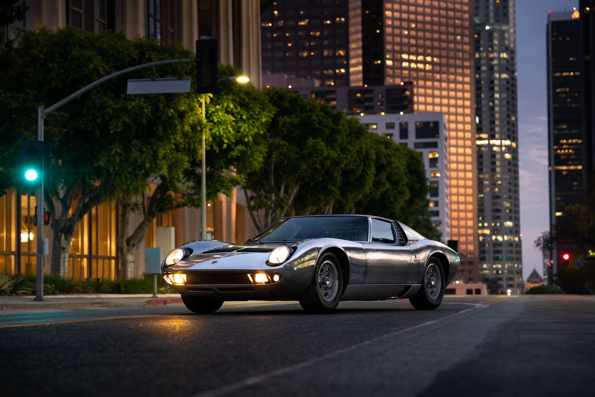 1971-Lamborghini-Miura-P400-S-by-Bertone_6
