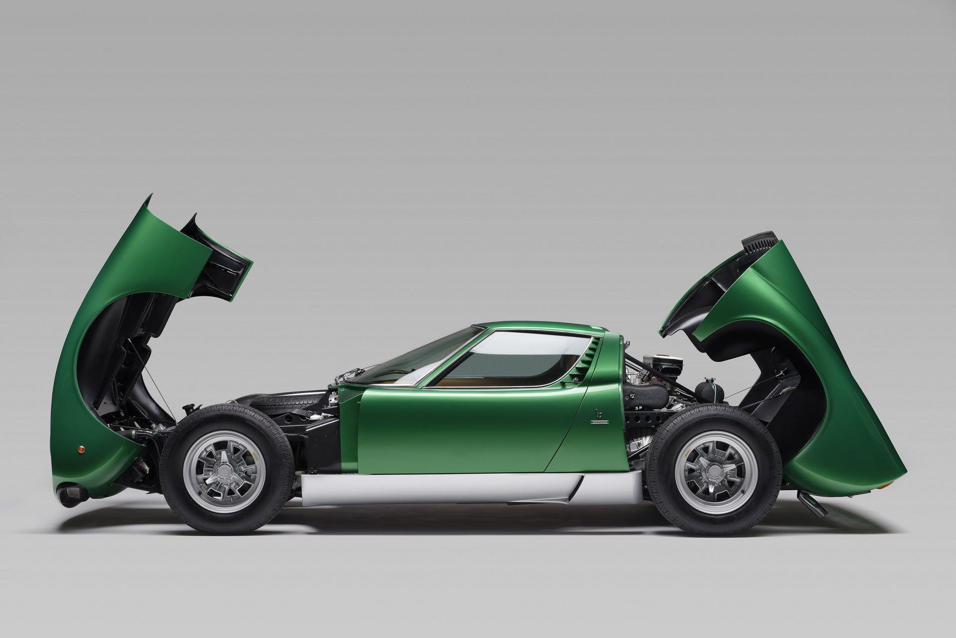 Lamborghini-Miura-SV-turns-50-10