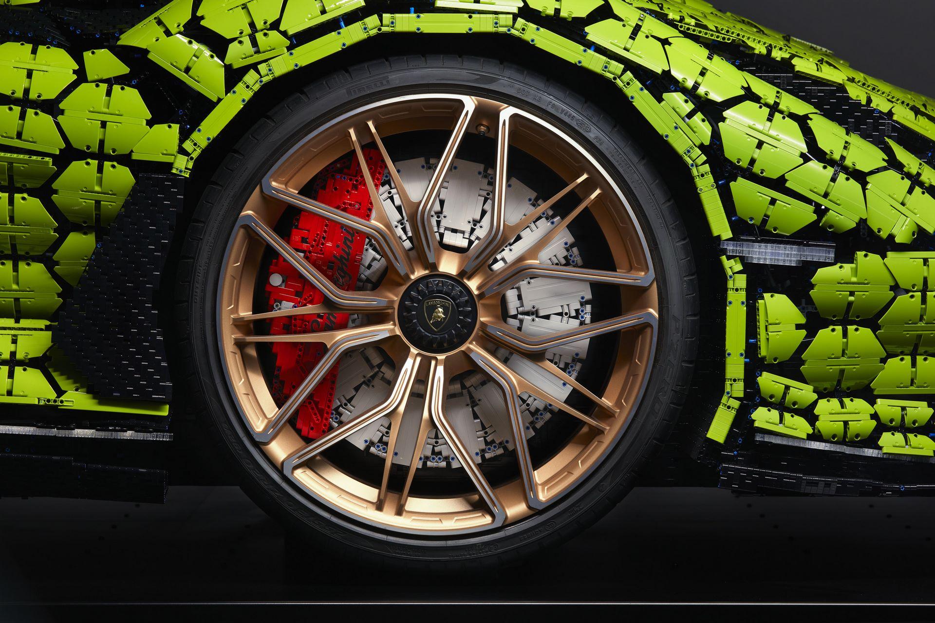 Lamborghini-Sian-Lego-18