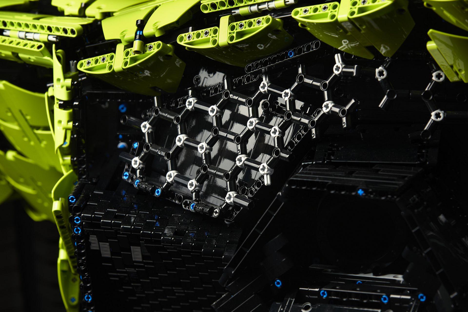 Lamborghini-Sian-Lego-6