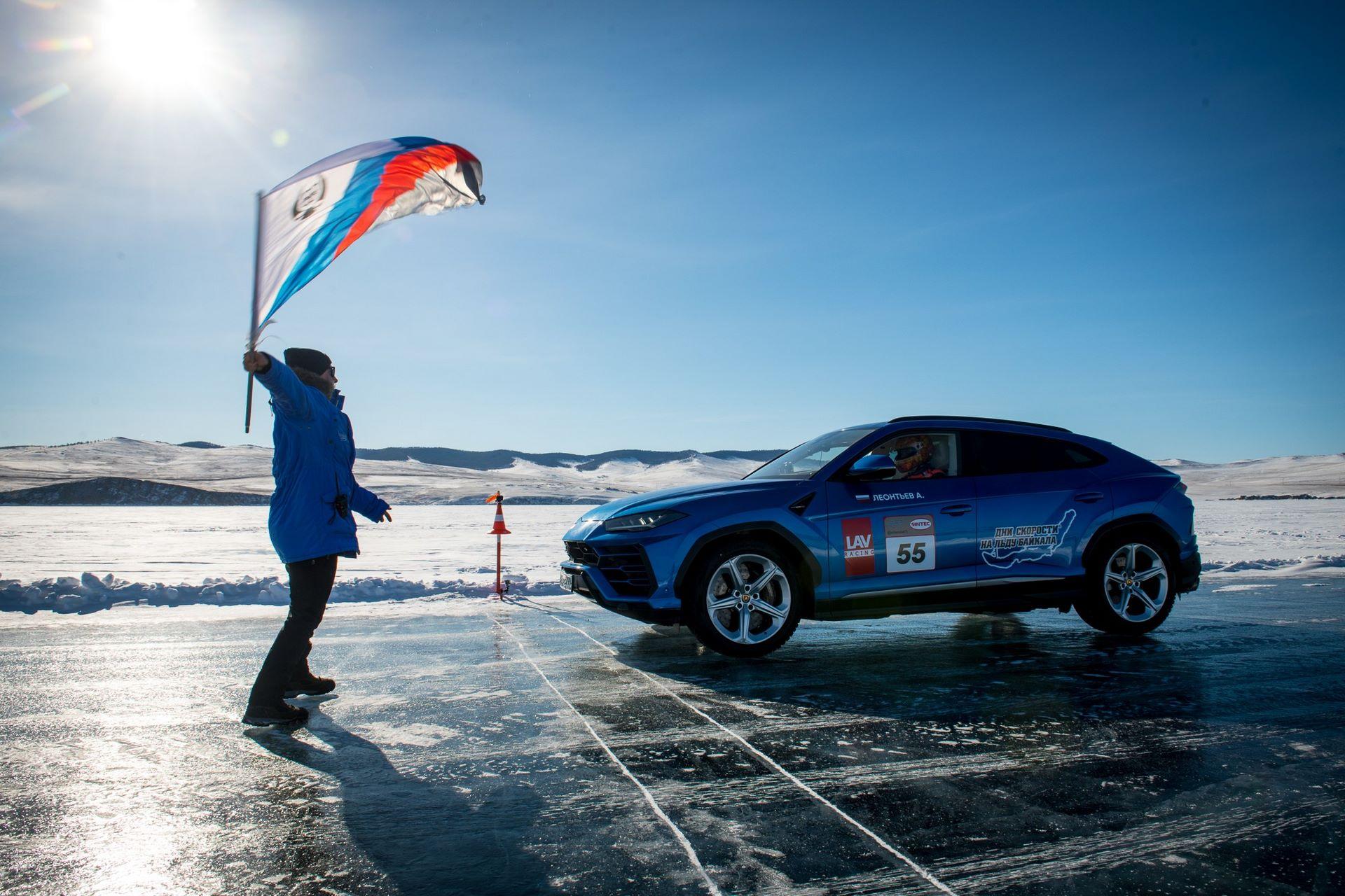 Lamborghini-Urus-Ice-Speed-Record-9