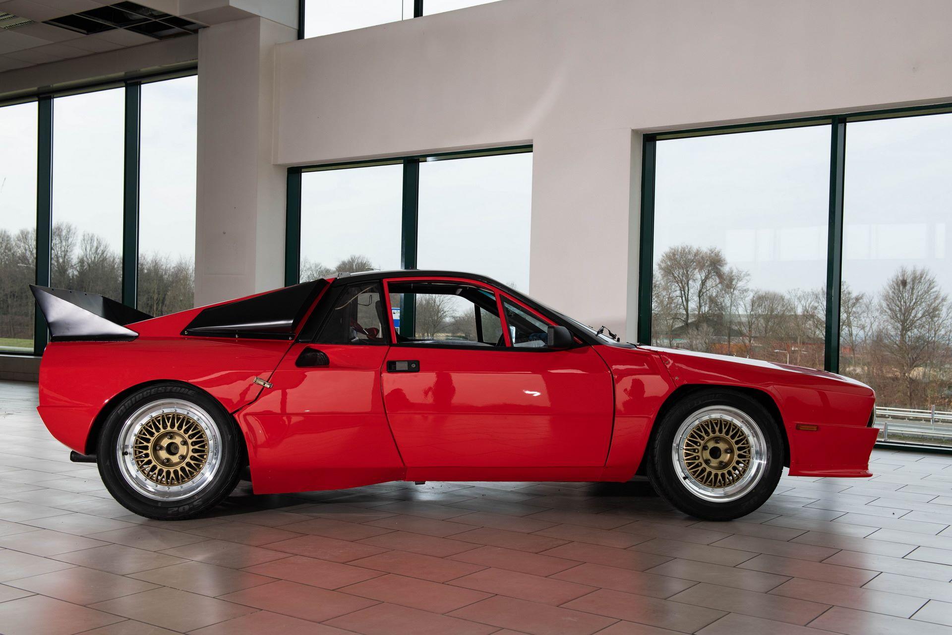 Lancia-037-Prototype-5