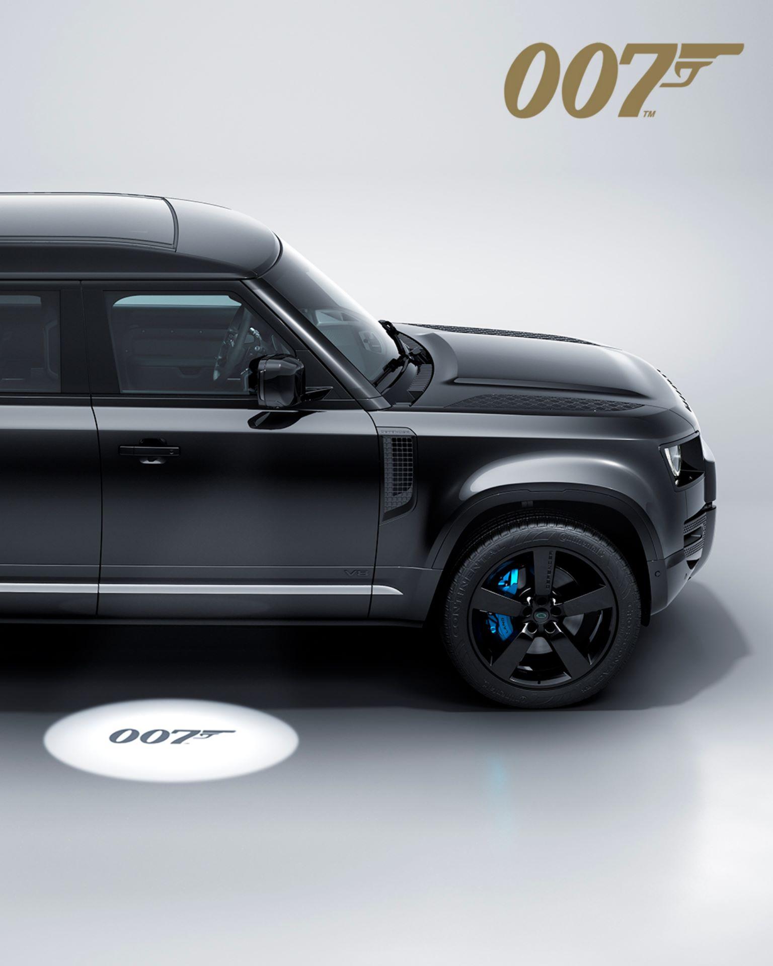 Land-Rover-Defender-V8-Bond-Edition-9