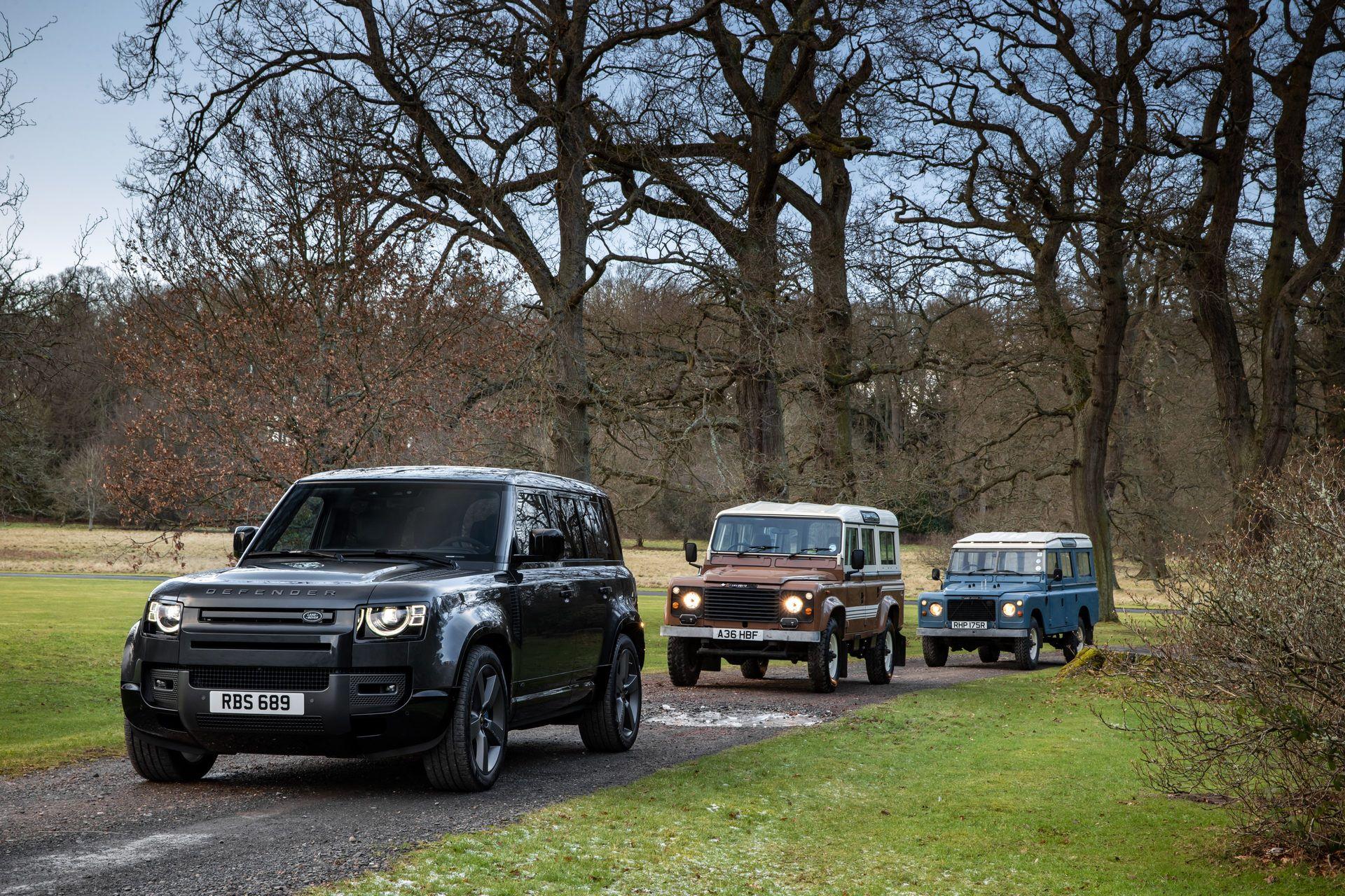 Land-Rover-Defender-V8-11