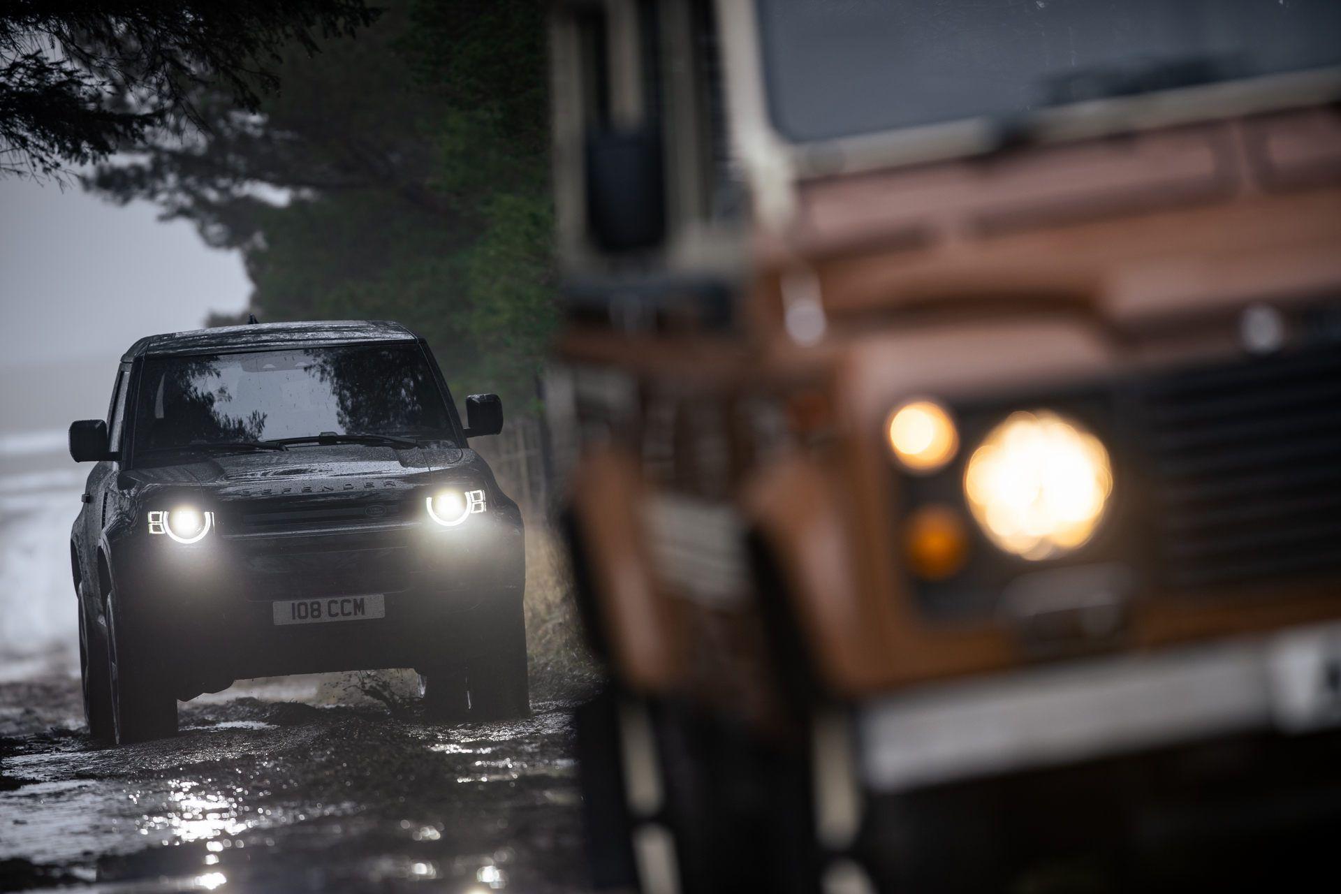 Land-Rover-Defender-V8-12