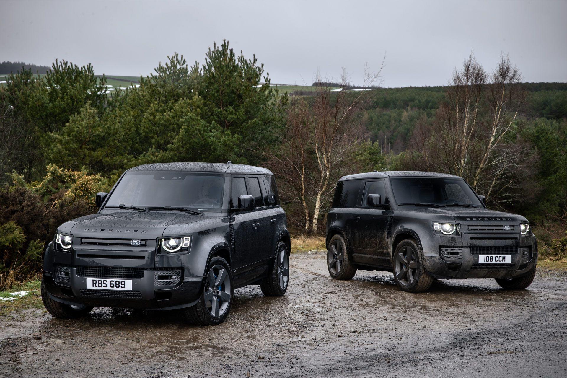 Land-Rover-Defender-V8-18